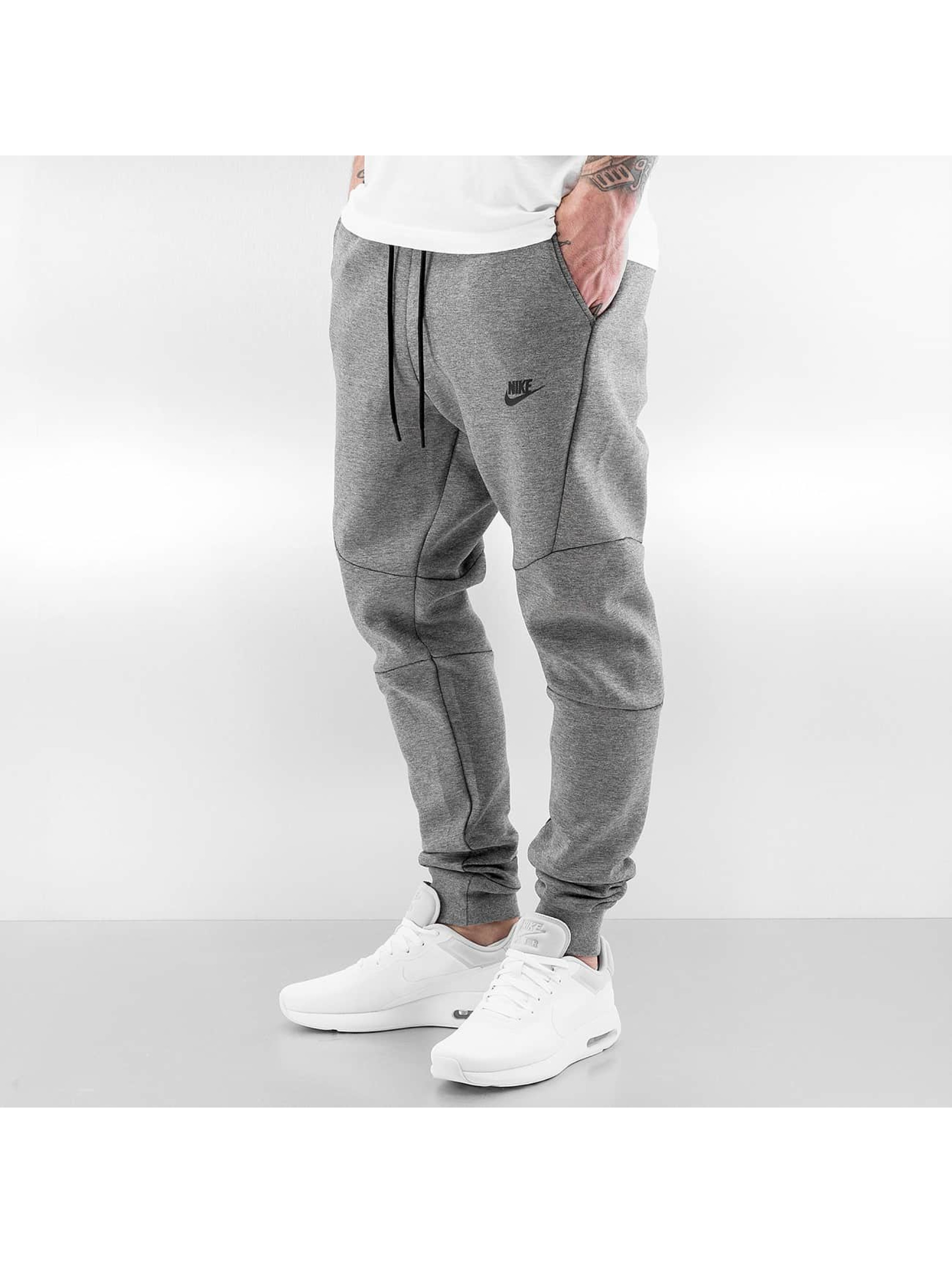 nike herren jogginghose sportswear tech fleece in grau 257686