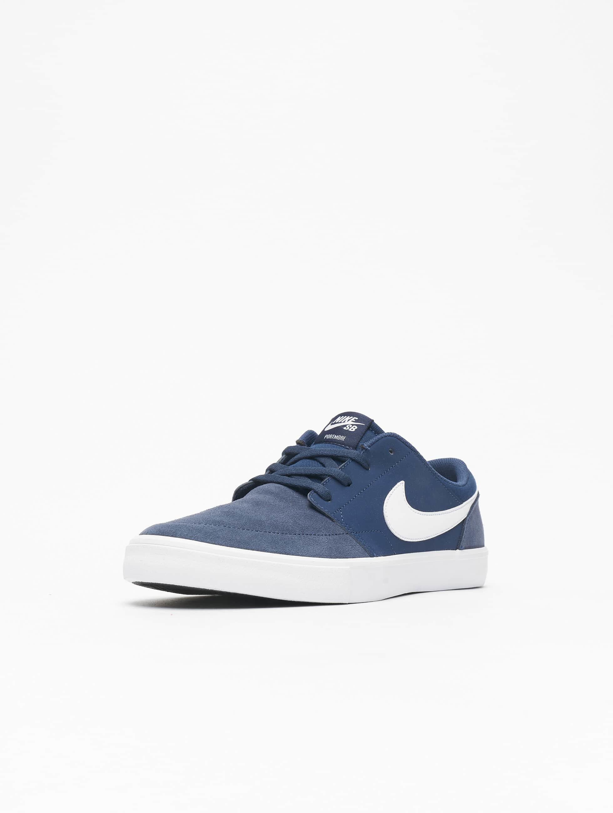 Nike SB Sneaker Solarsoft Portmore ll blau