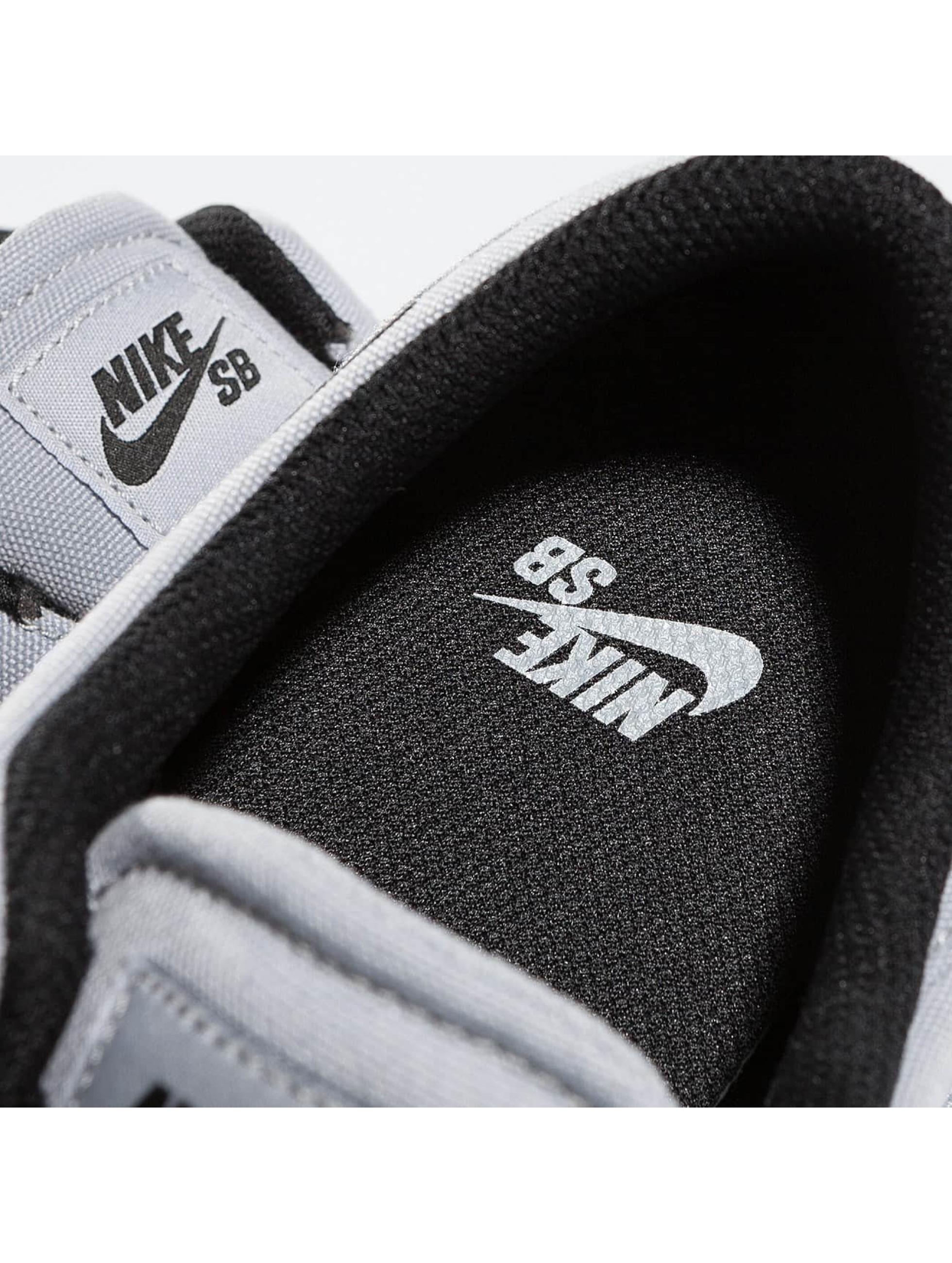Nike SB Sneaker Check Canvas grau