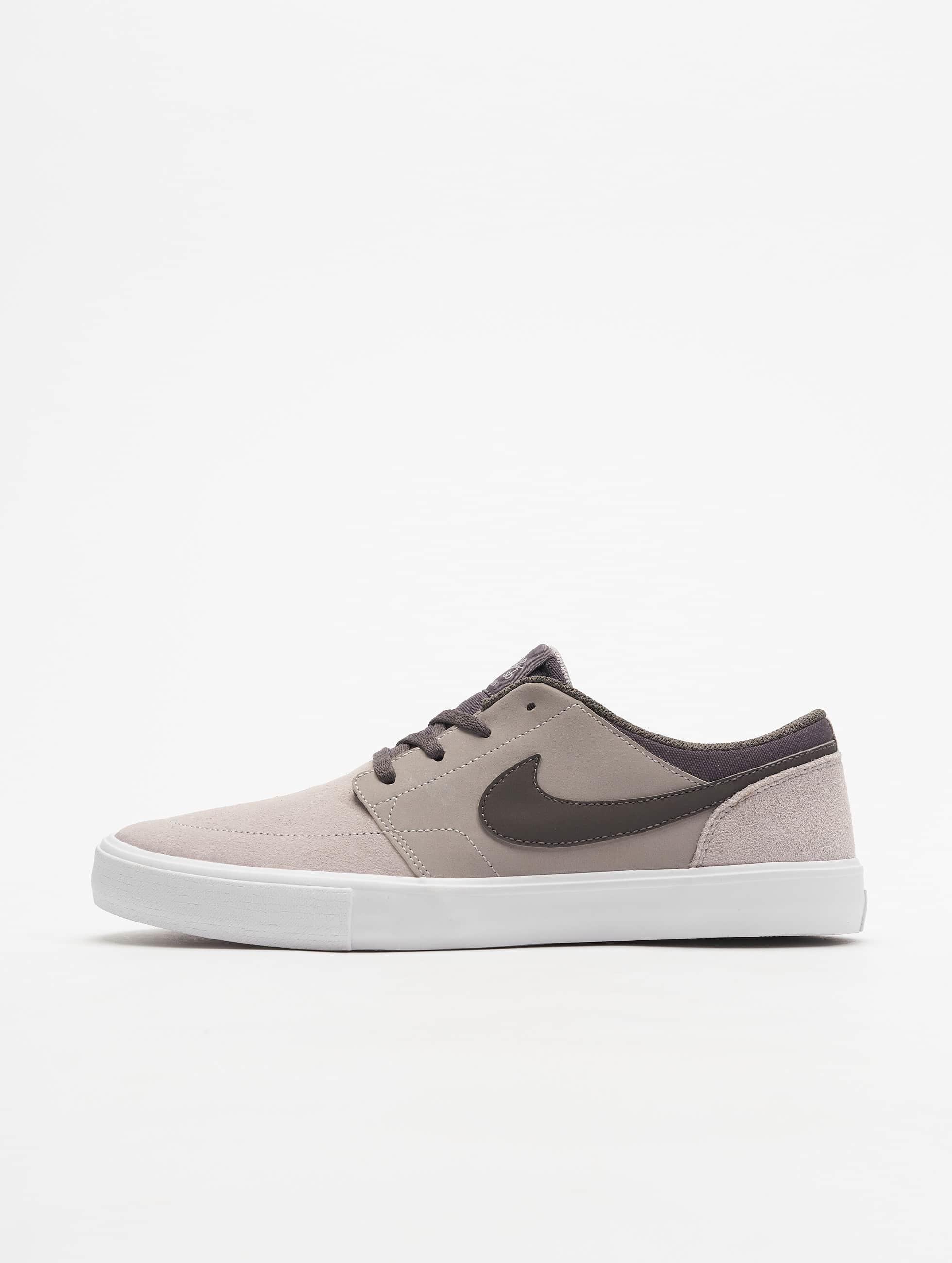 4be94ad4051 Nike SB schoen / sneaker SB Solarsoft Portmore II Skateboarding in grijs  580058