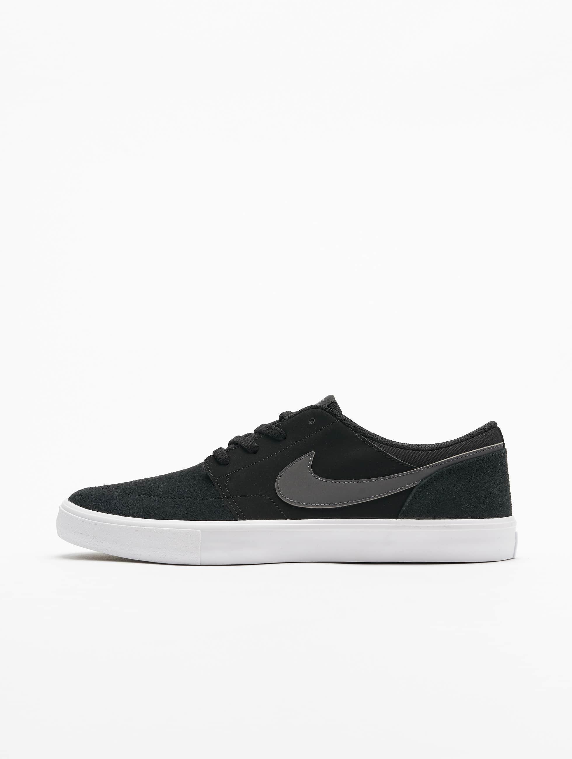 Nike SB Sneaker Solarsoft Portmore ll schwarz