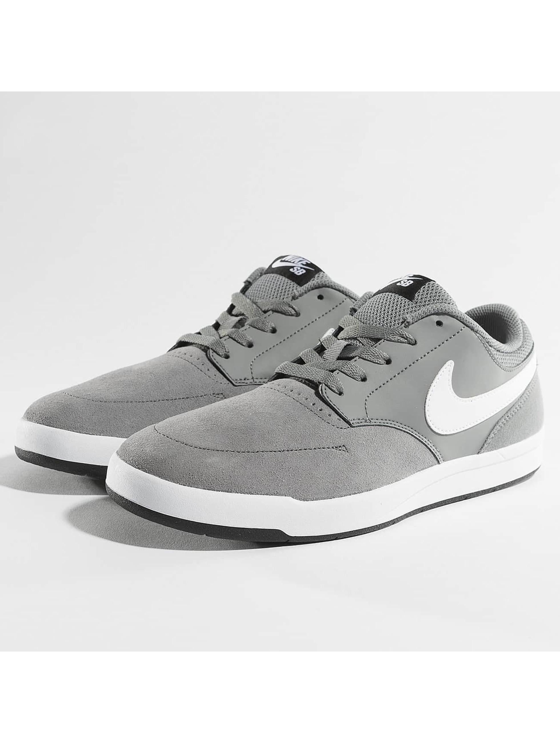 Nike SB Sneakers Fokus Skateboarding šedá