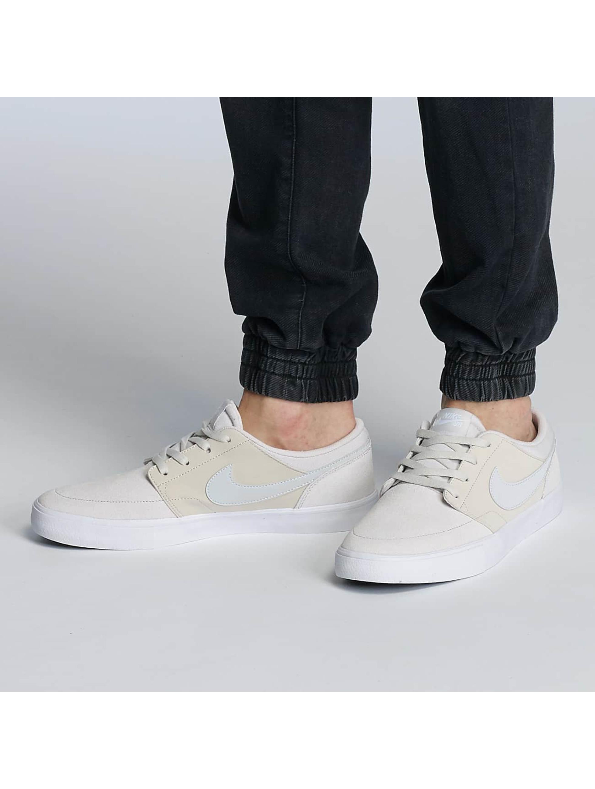 Nike SB Sneakers Solarsoft Portmore ll beige