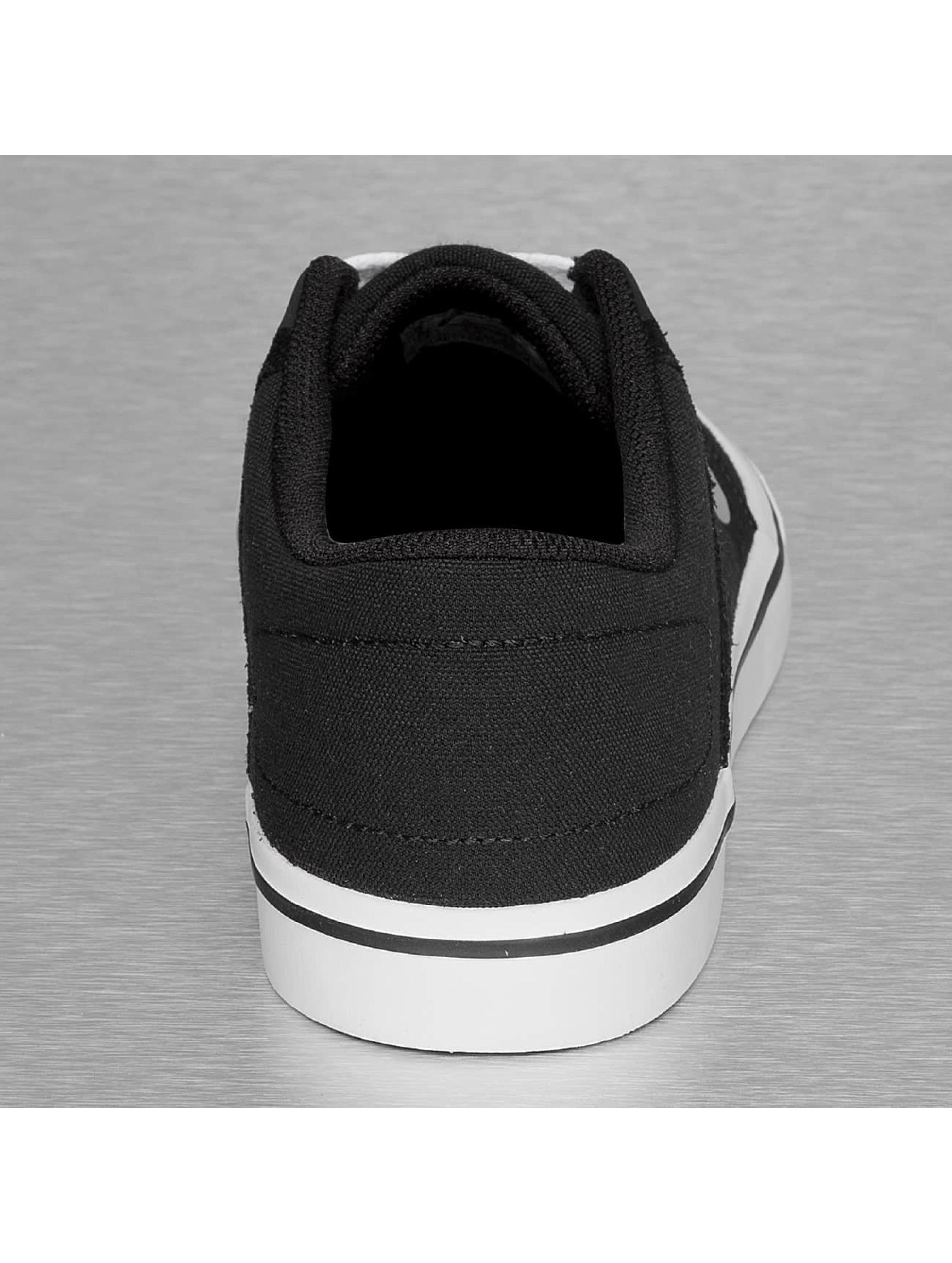Nike SB Tennarit SB Portmore musta