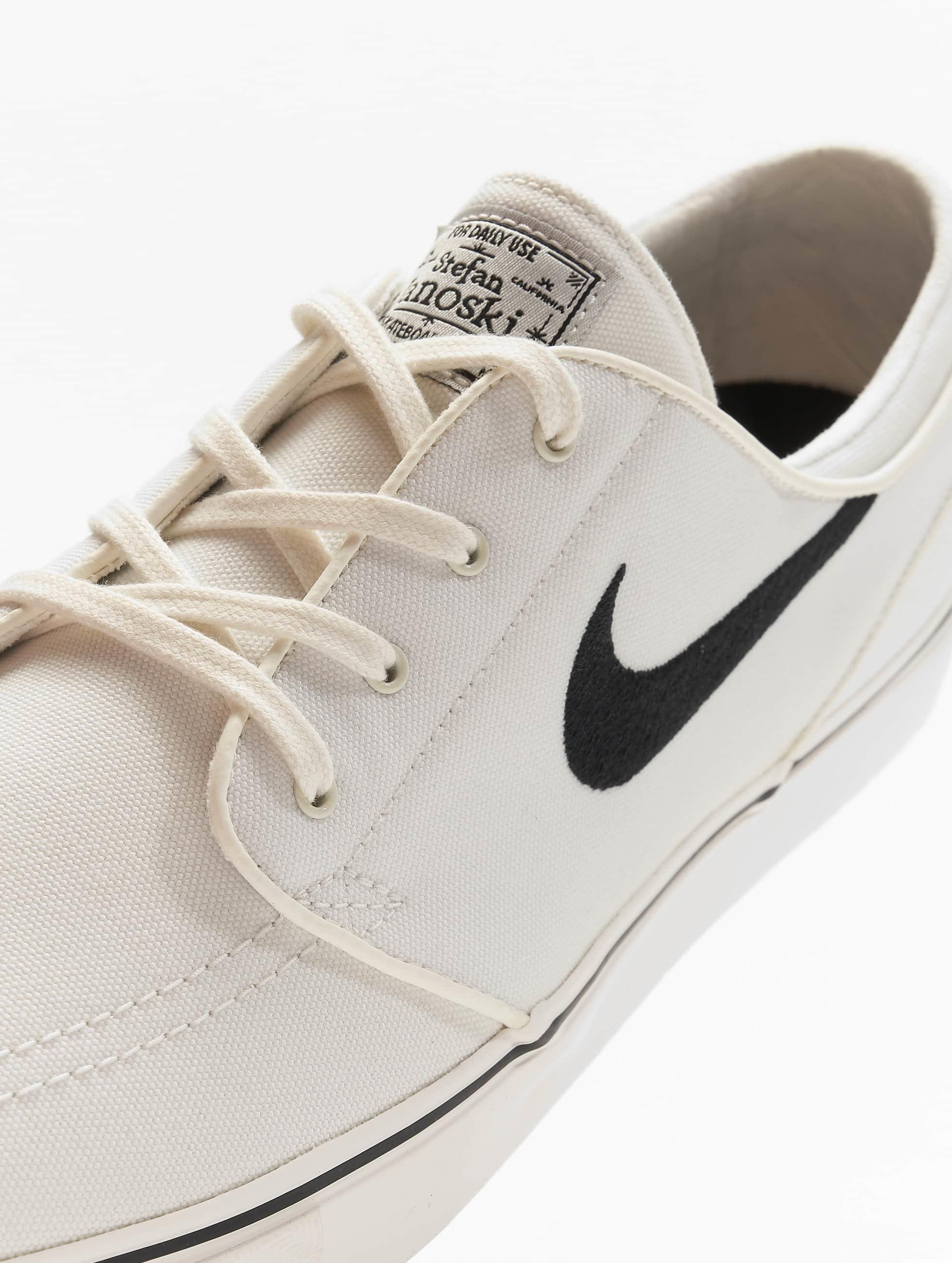 Nike SB Tennarit Zoom Stefan Janoski valkoinen