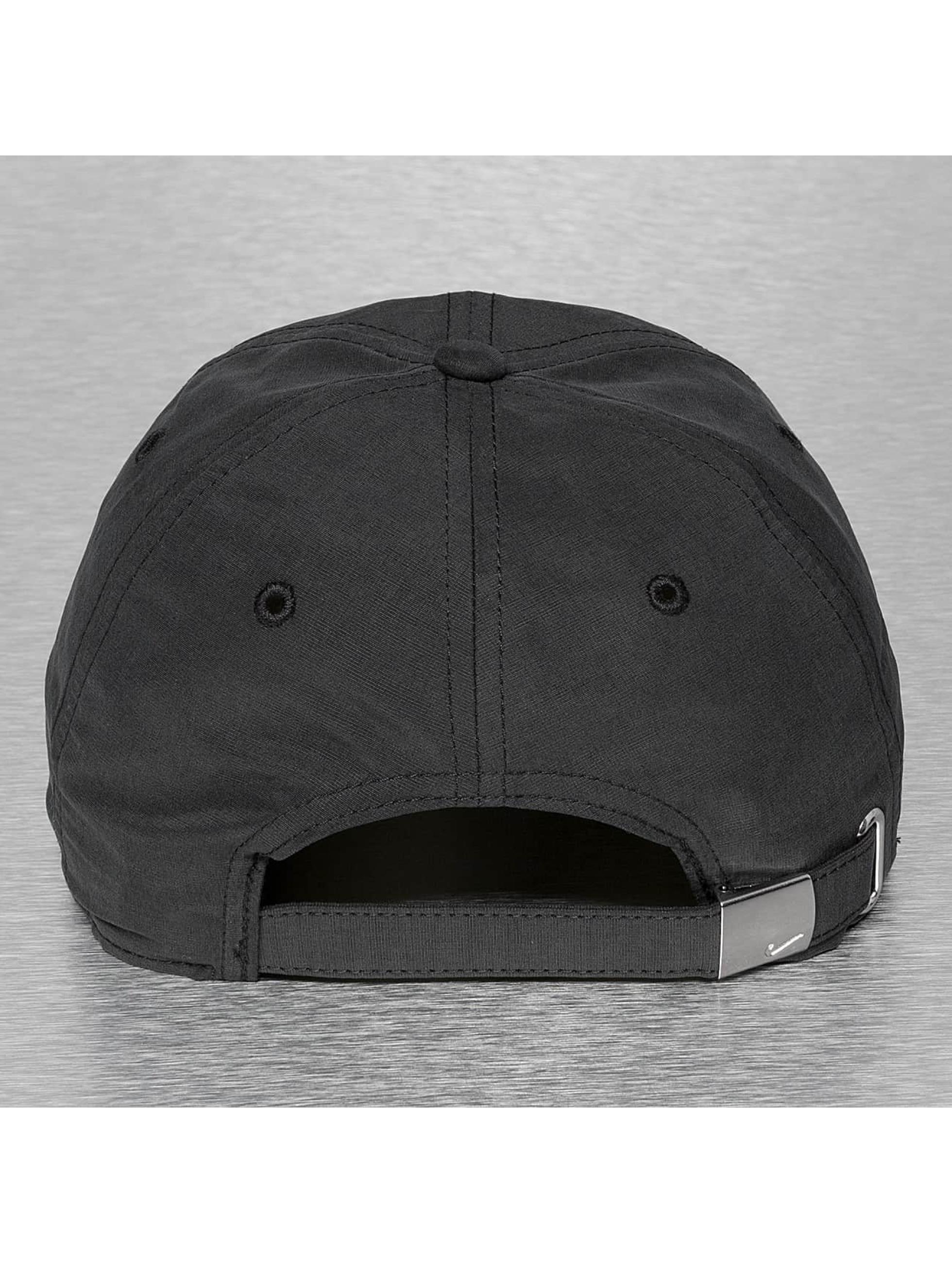 Nike Casquette / Snapback Metal Swoosh en noir