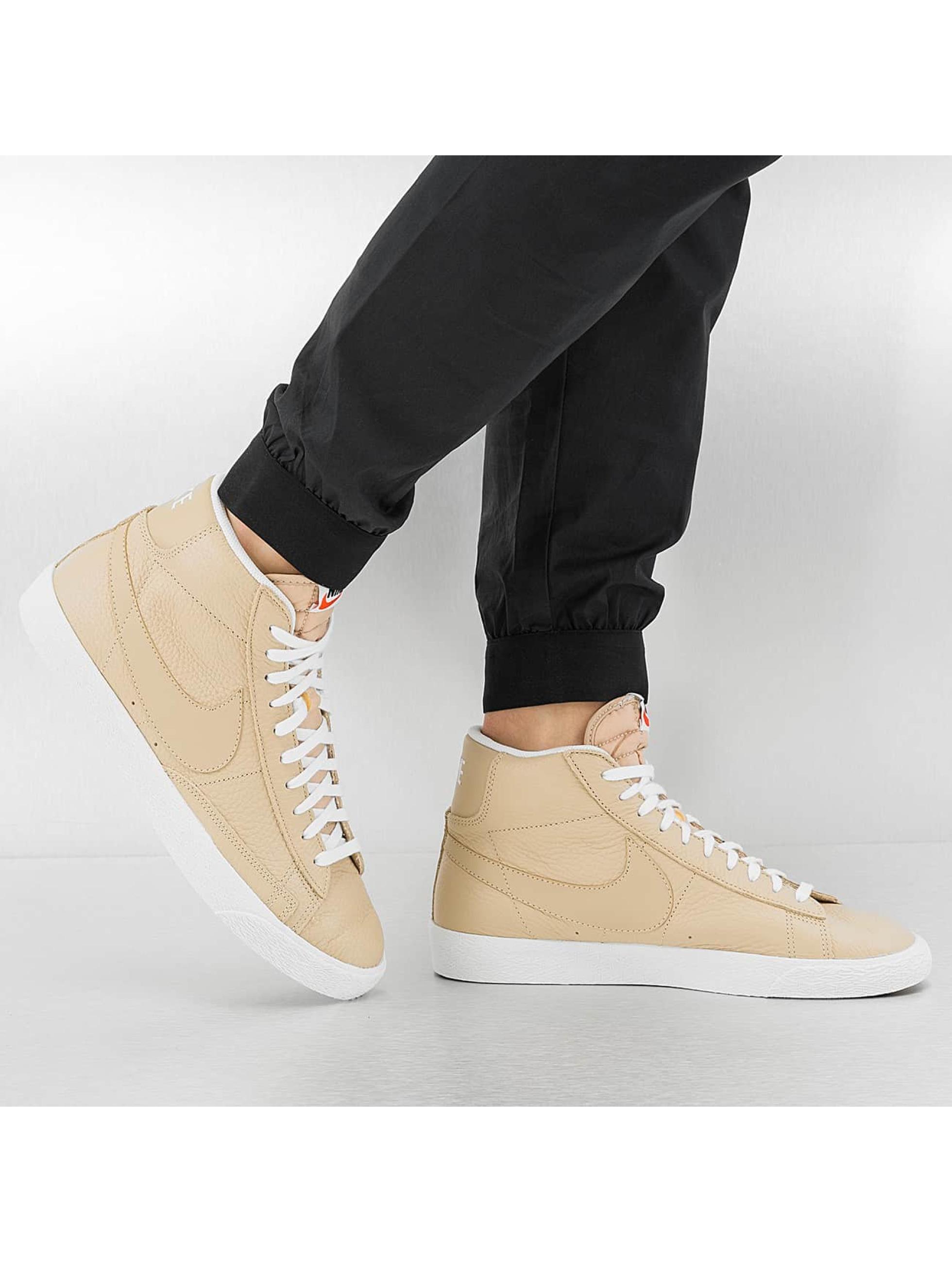 Sneaker Blazer Mid-Top Premium in beige