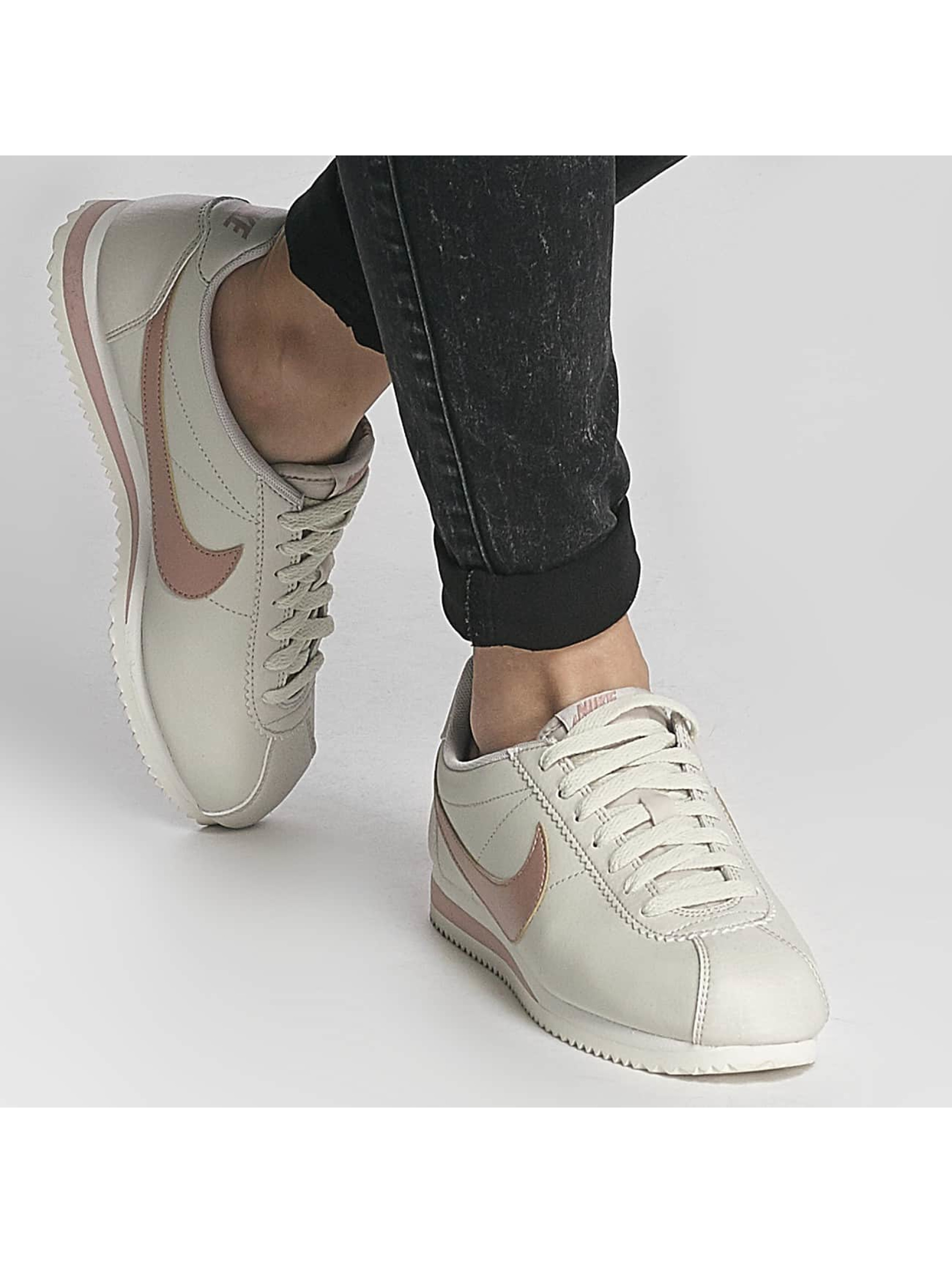 nike damen sneaker classic cortez in beige 362587. Black Bedroom Furniture Sets. Home Design Ideas