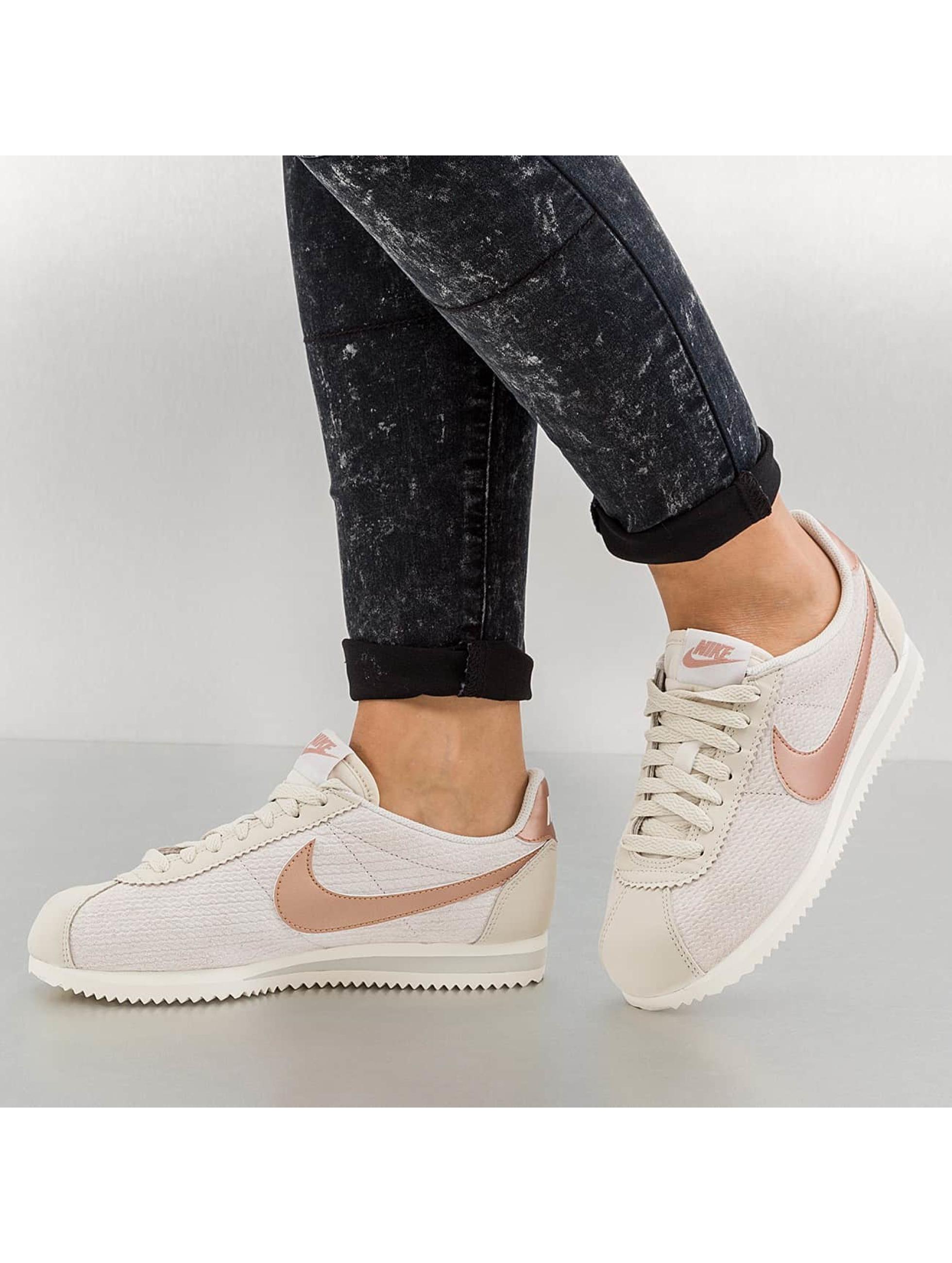 Sneaker Classic Cortez LeatherLux in grau