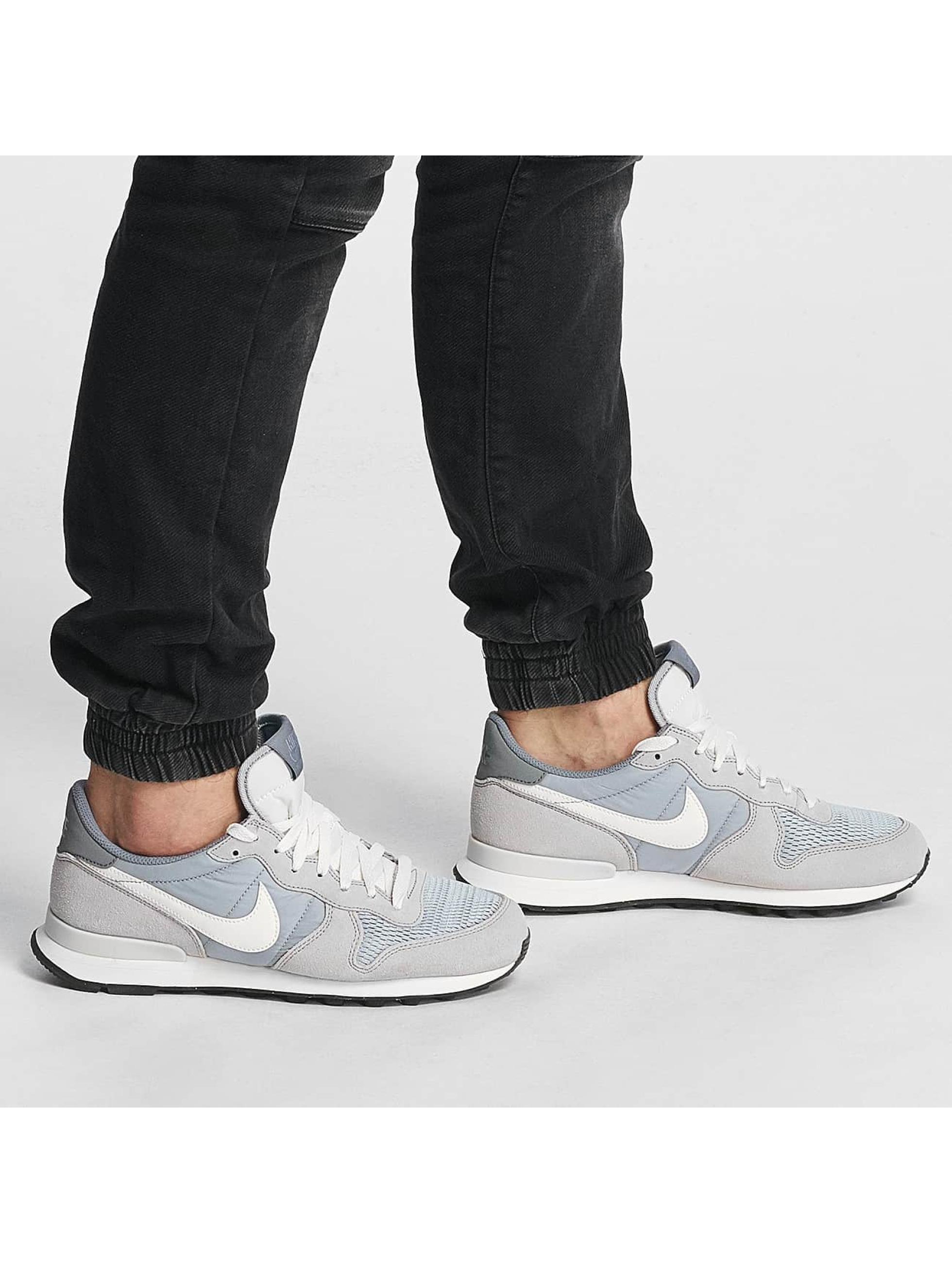 Nike Sneaker Internationalist grau