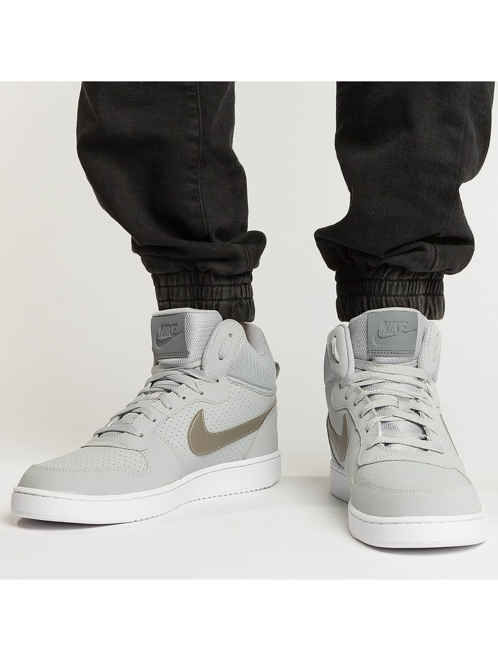 Nike Sneaker Court Borough Mid grau