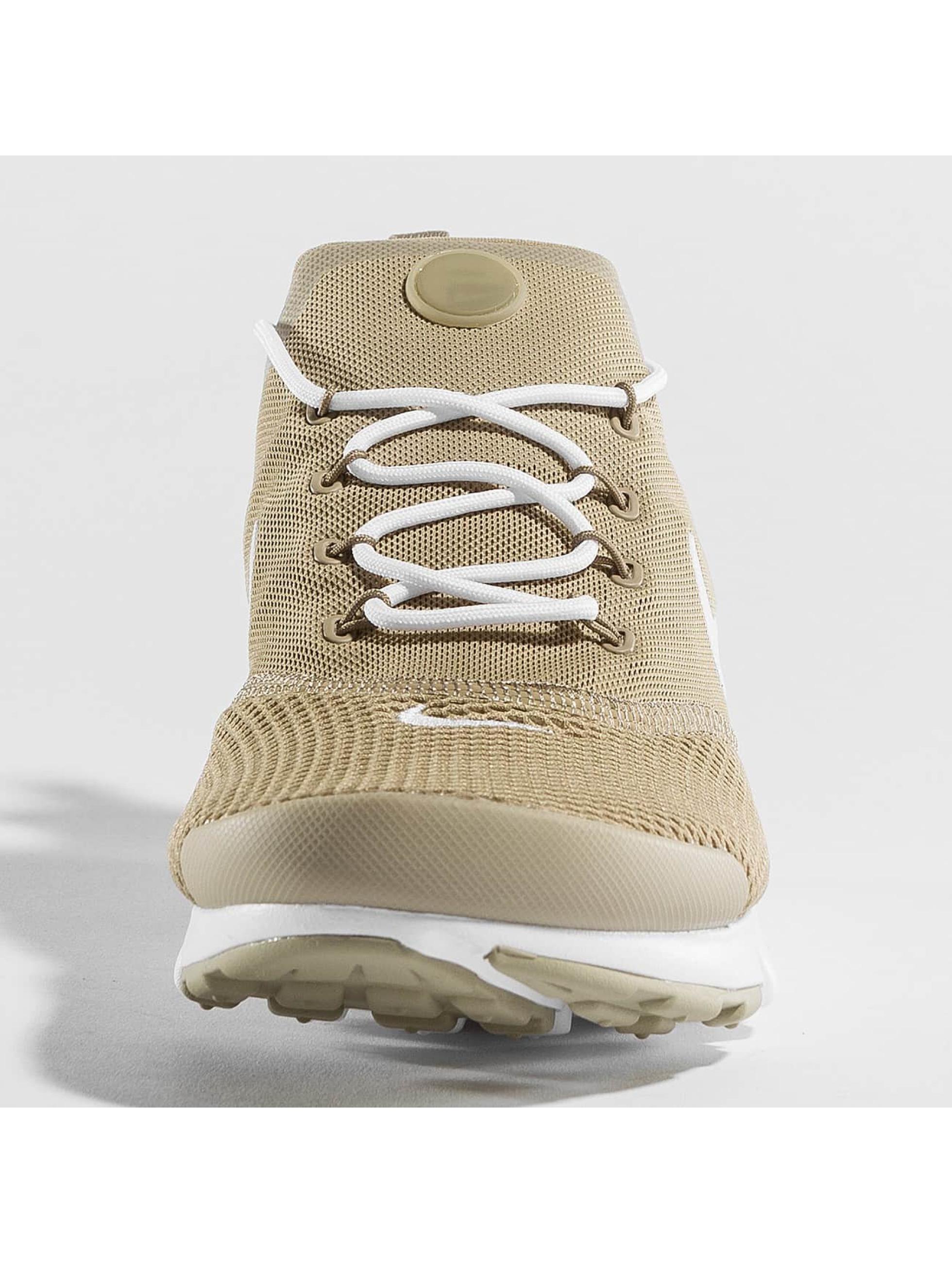 Nike Sneaker Presto Fly khaki