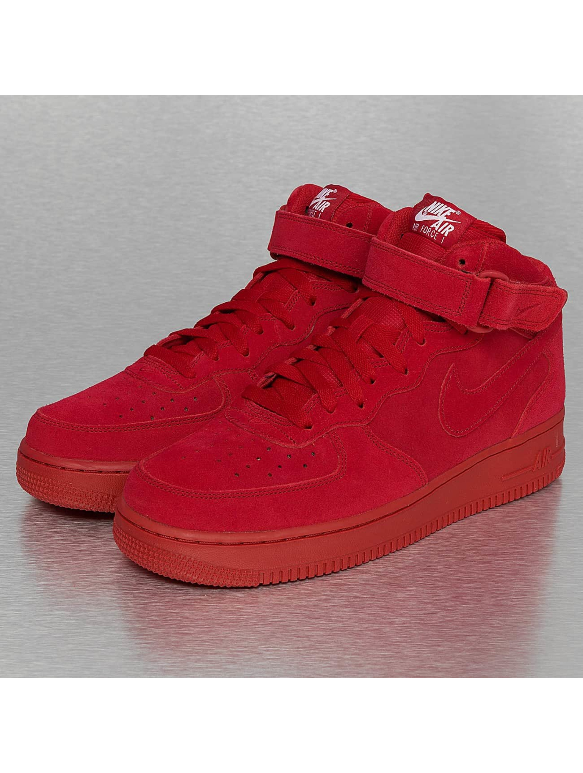 Sneaker Air Force 1 Mid 07 in rot