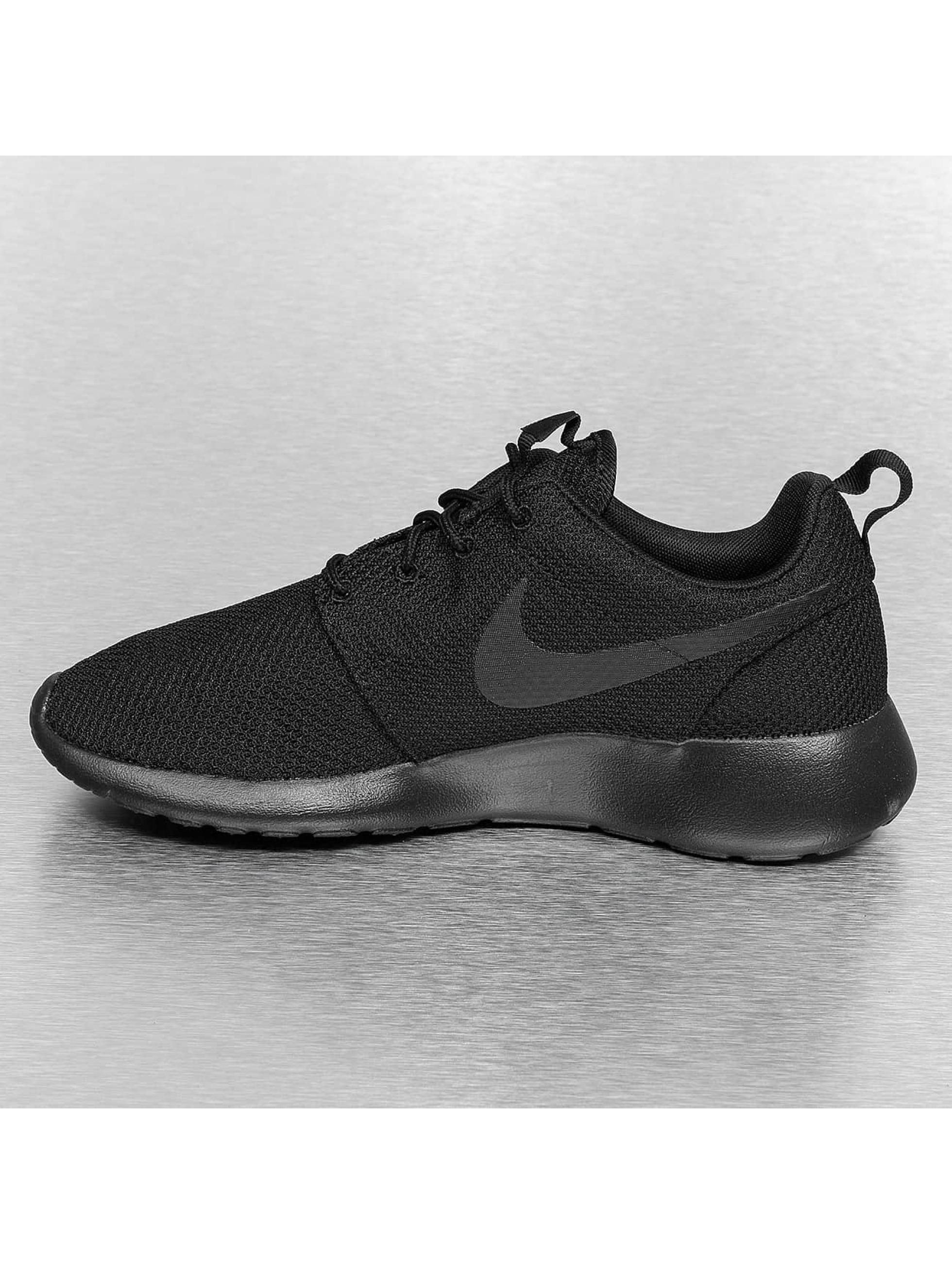 Nike Sneaker Rosherun schwarz