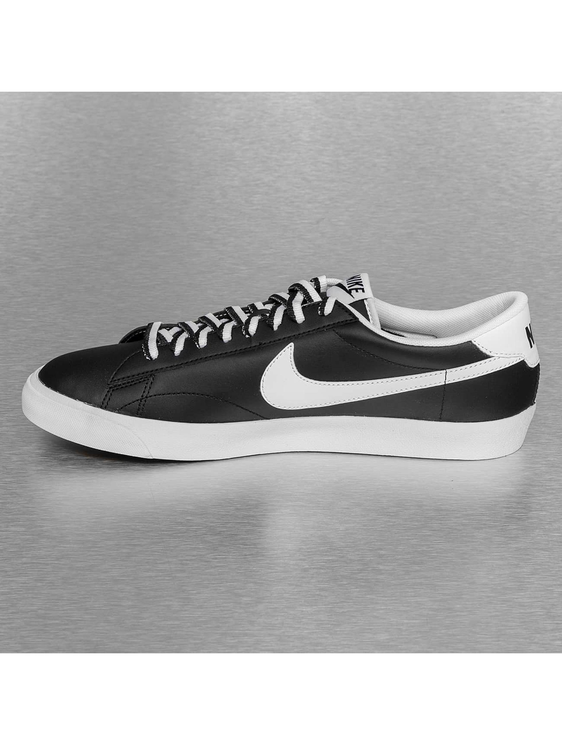 Nike Sneaker Tennis Classic AC schwarz