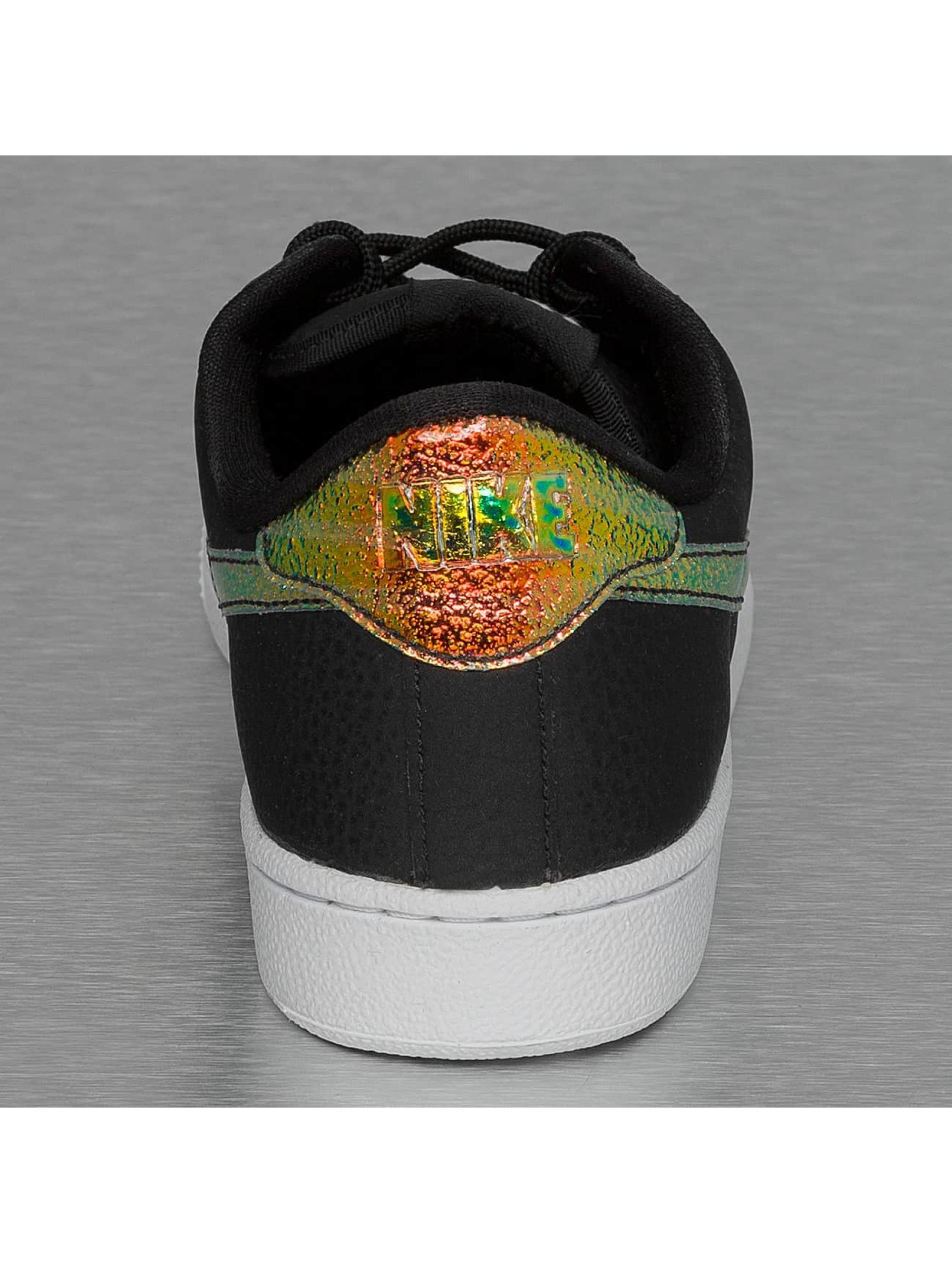 Nike Sneaker WMNS Tennis Classic PRM schwarz