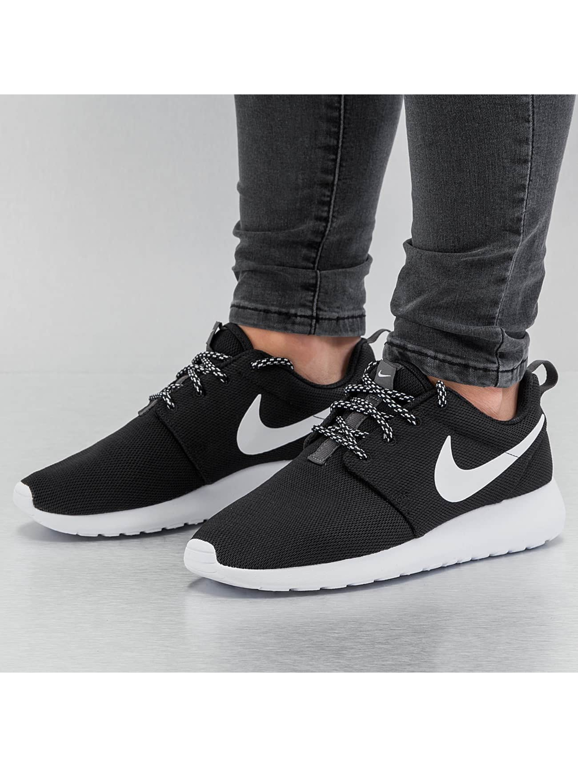 Sneaker Roshe One in schwarz