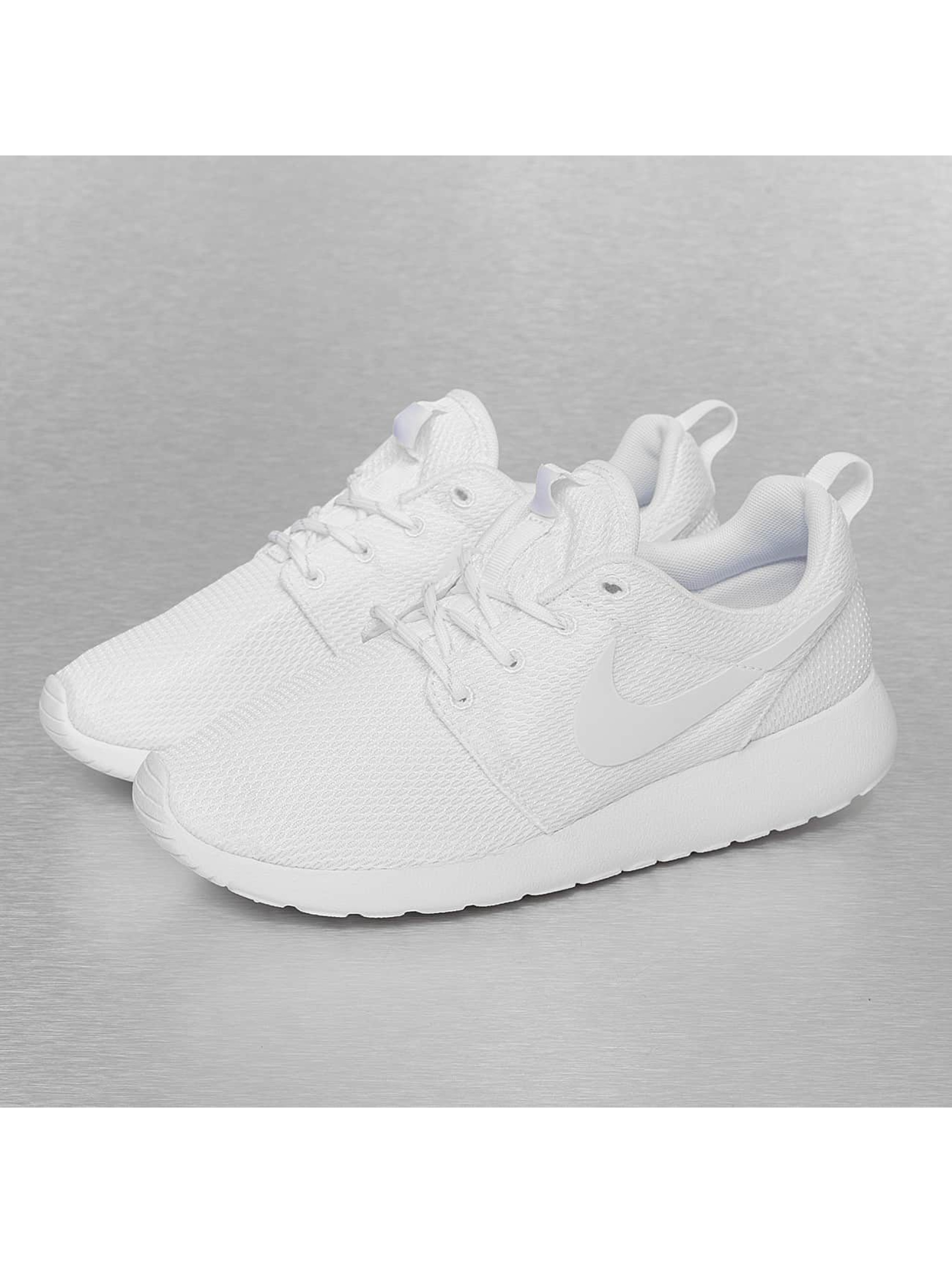 Sneaker Rosherun in weiß