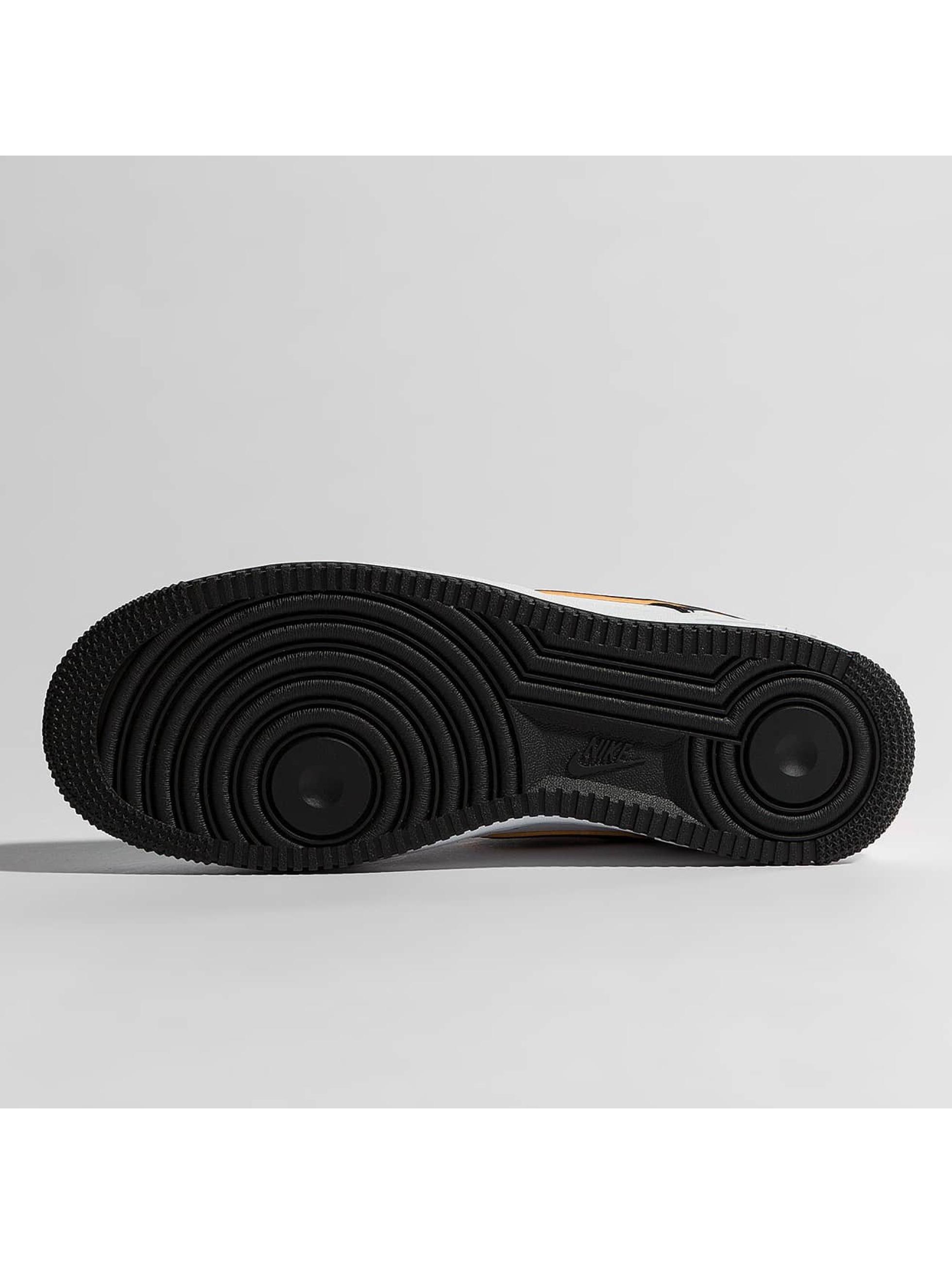 Nike Sneaker Air Force 1 07' LV8 weiß