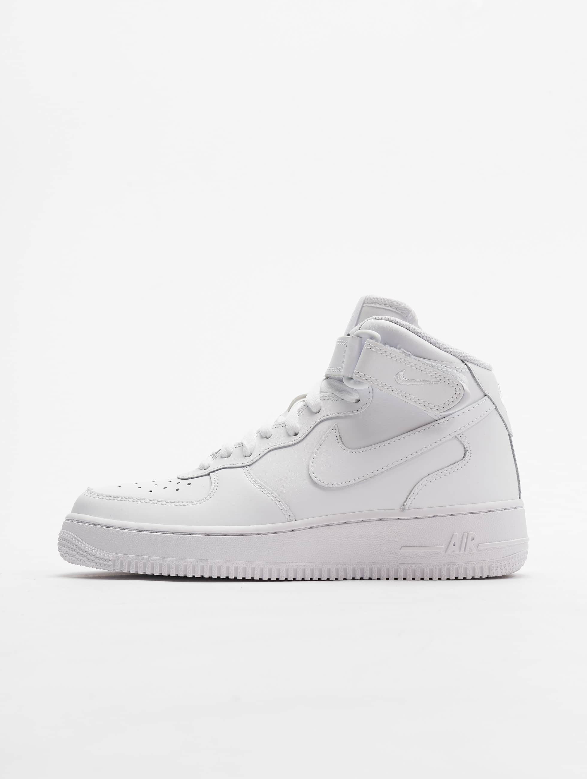 Nike schoen / sneaker Air Force 1 Mid Kids Basketball in wit