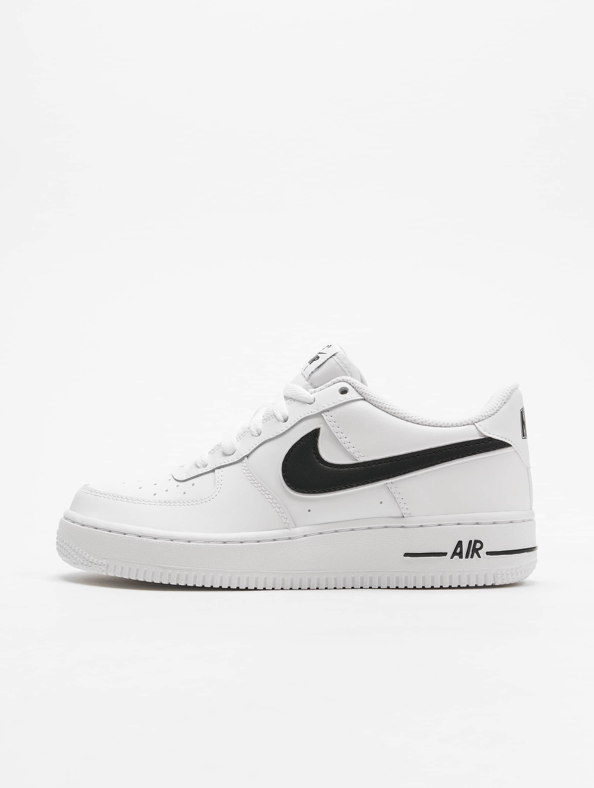 c26a72fff32 Nike schoen / sneaker Air Force 1-3 in wit 588279