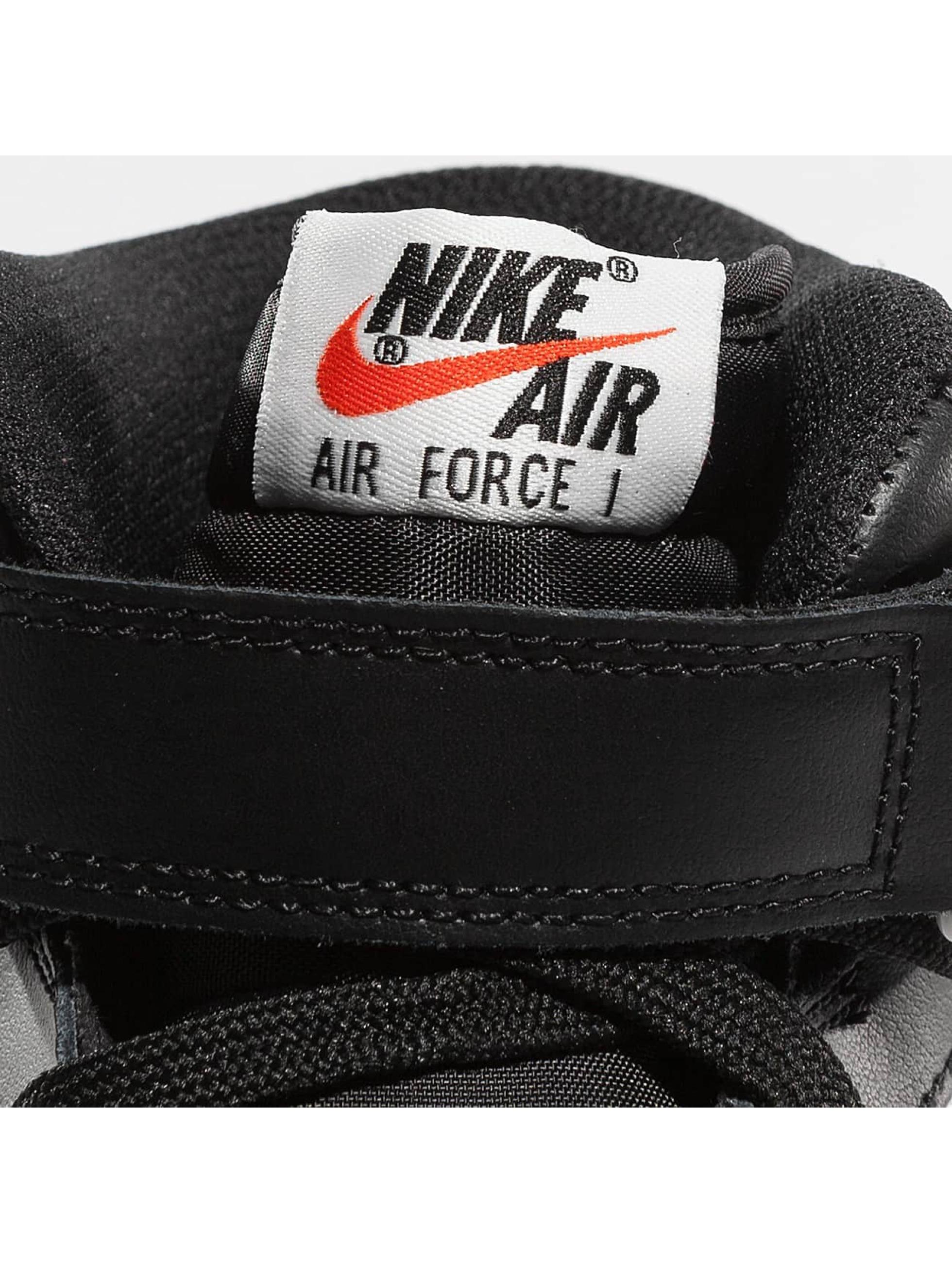Nike Sneakers Air Force 1 Mid 07 èierna
