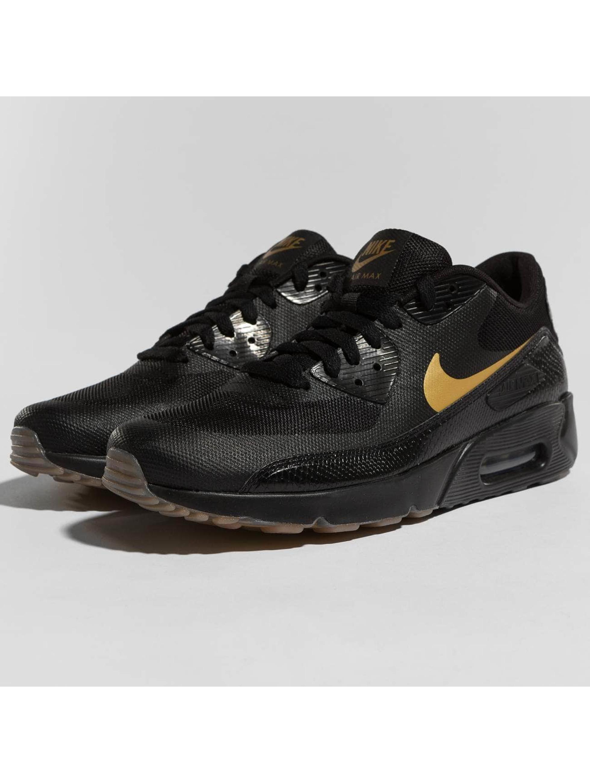 Nike Sneakers Air Max 90 Ultra 2.0 Essential èierna