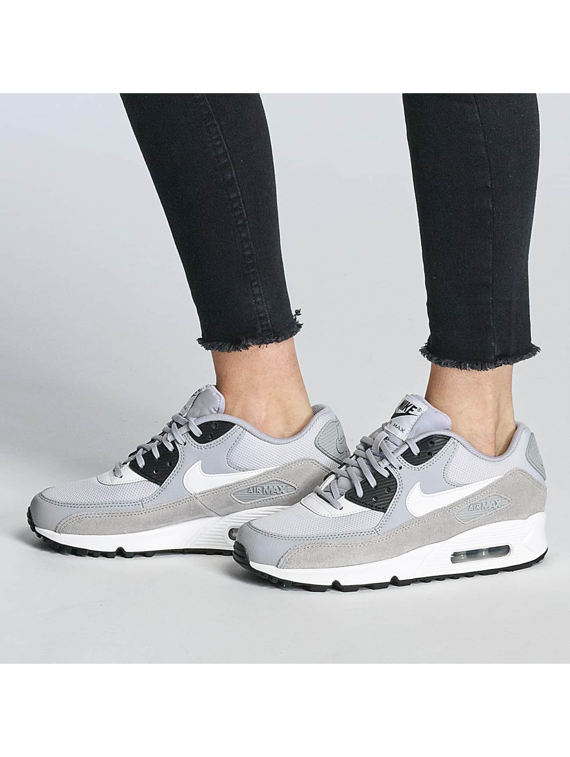 Nike Sneakers Air Max 90 šedá