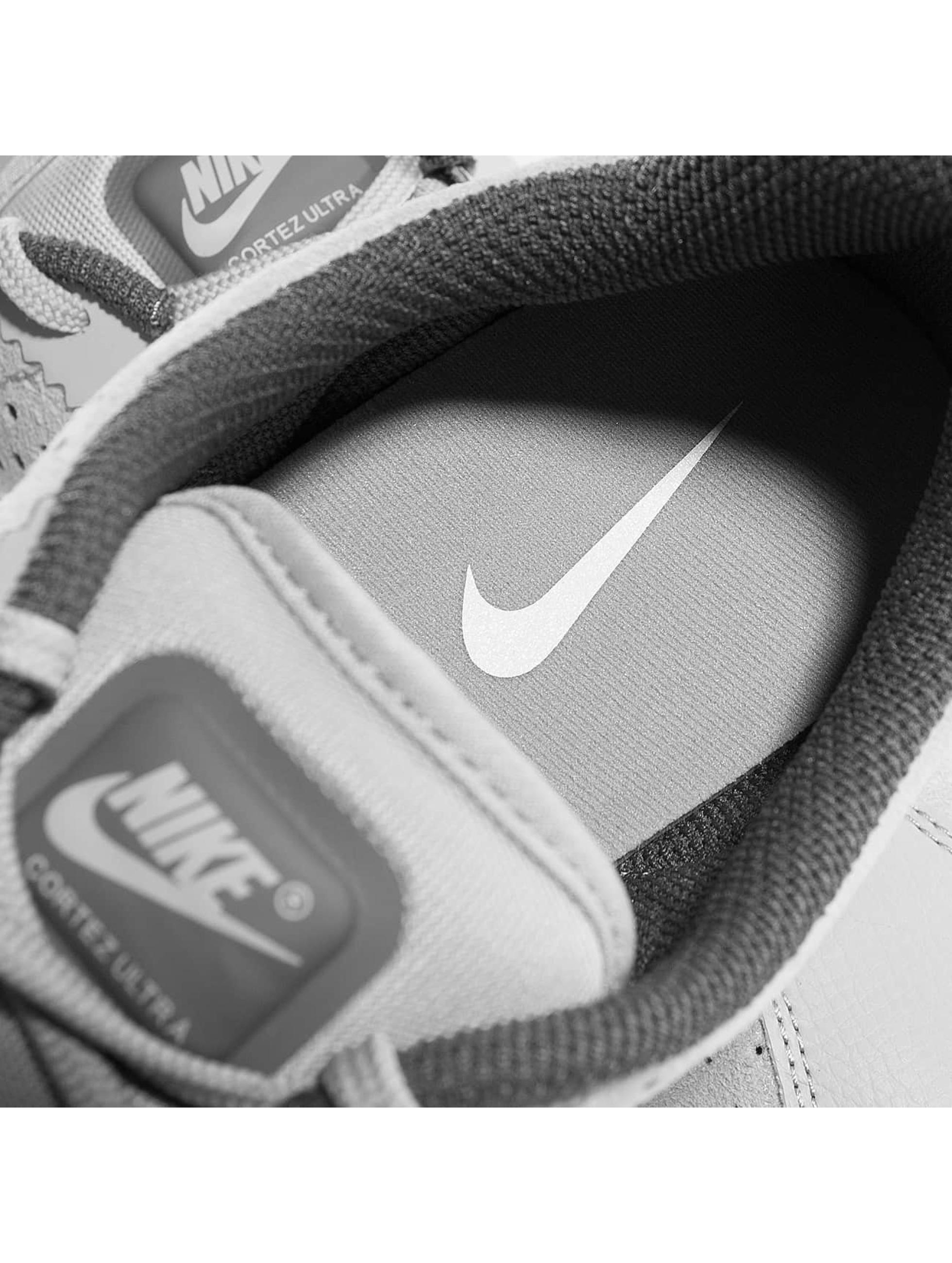 Nike Sneakers Cortez Ultra Moire 2 šedá