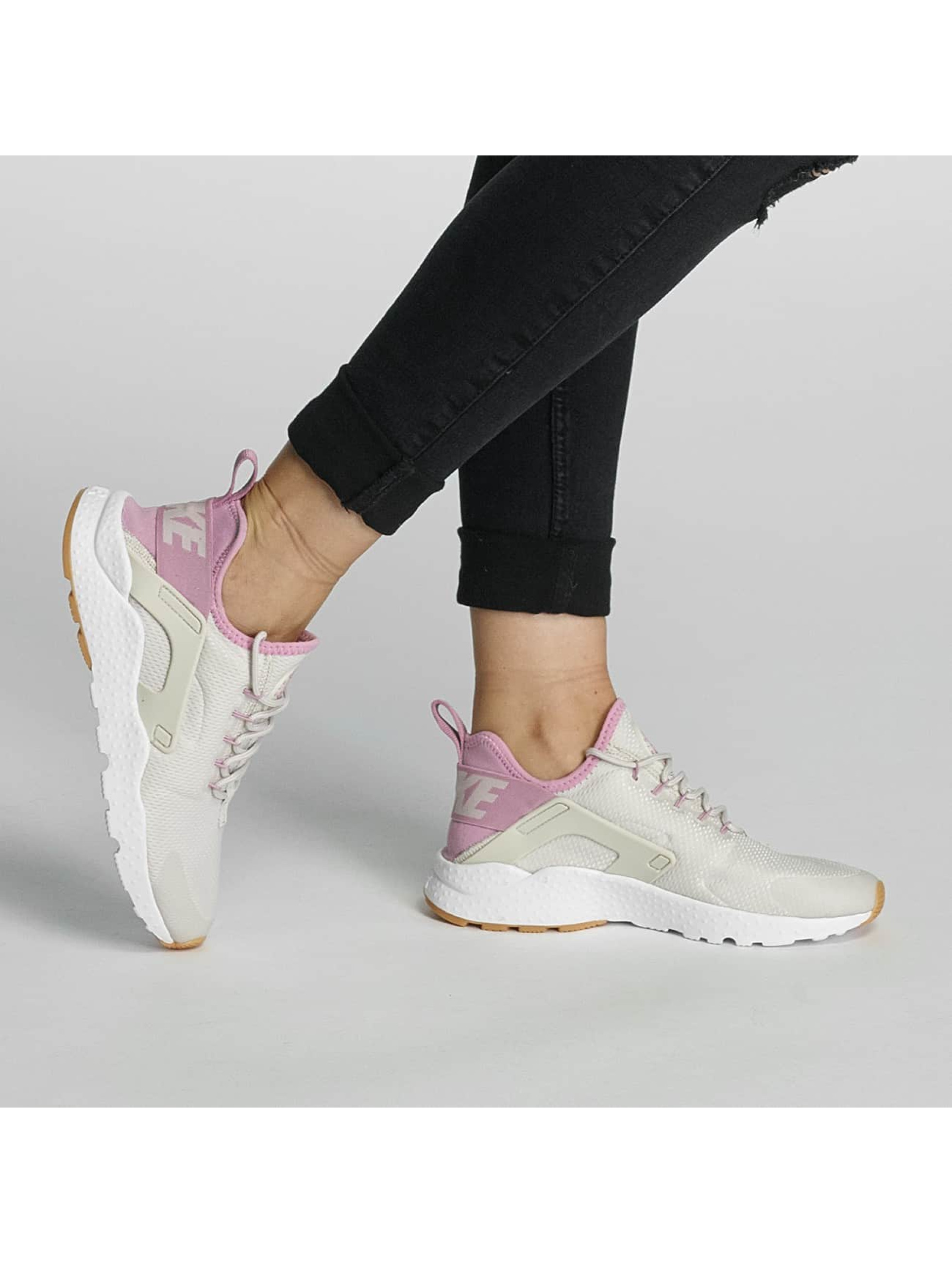 Nike Sneakers Huarache Run Ultra beige