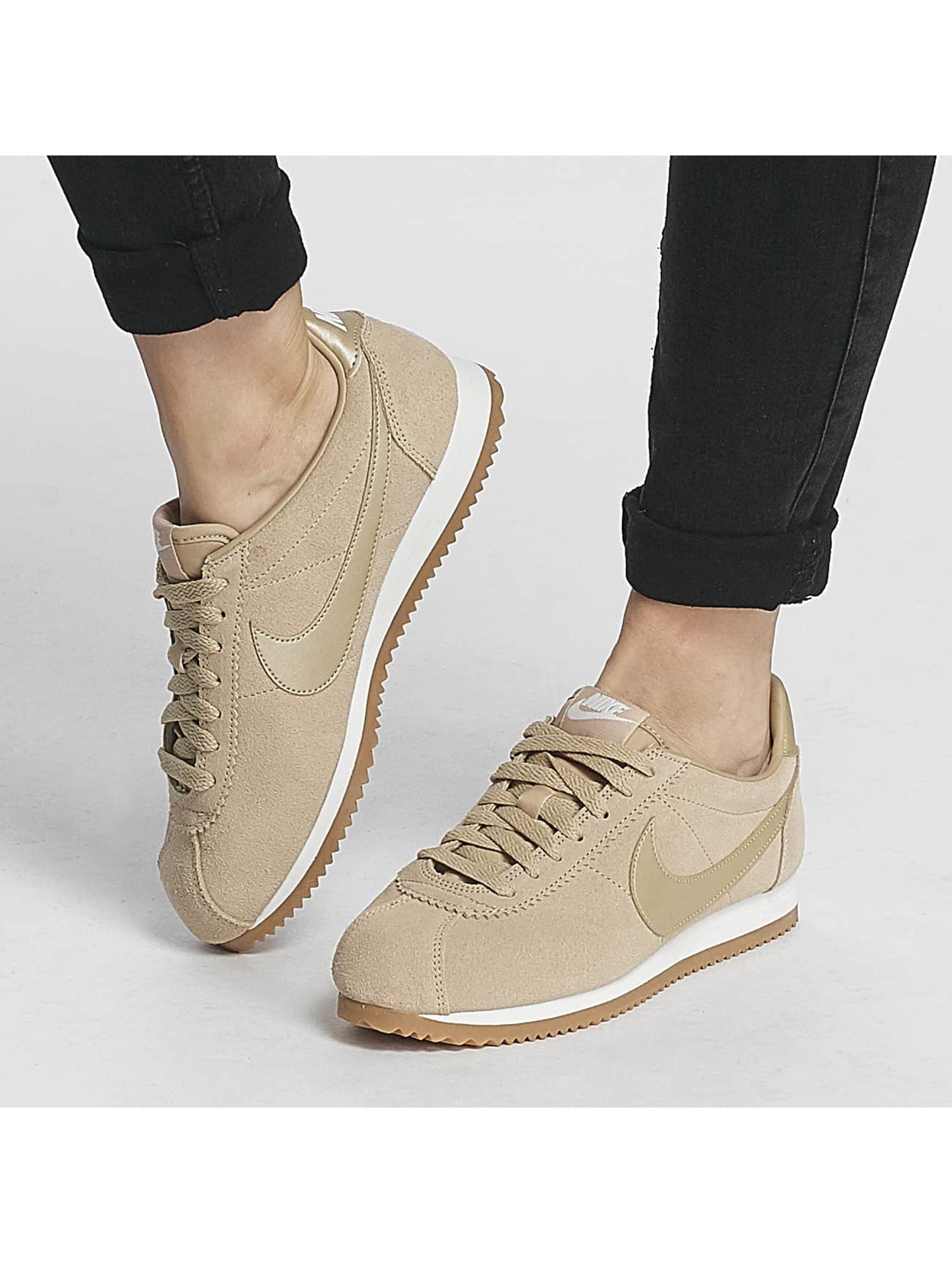 nike skor sneakers classic cortez suede i beige 394912. Black Bedroom Furniture Sets. Home Design Ideas