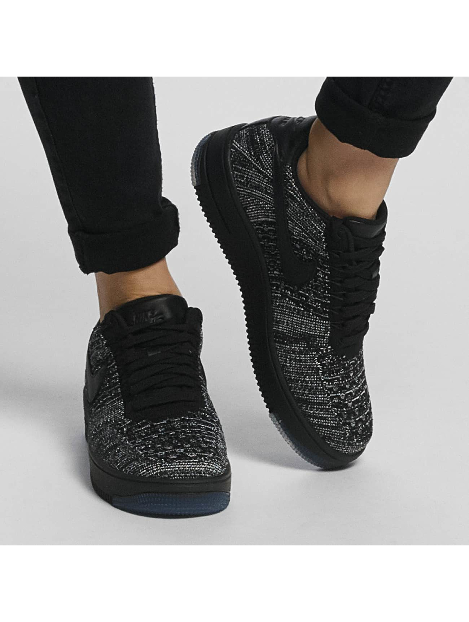 Nike Sneakers Flyknit Low black