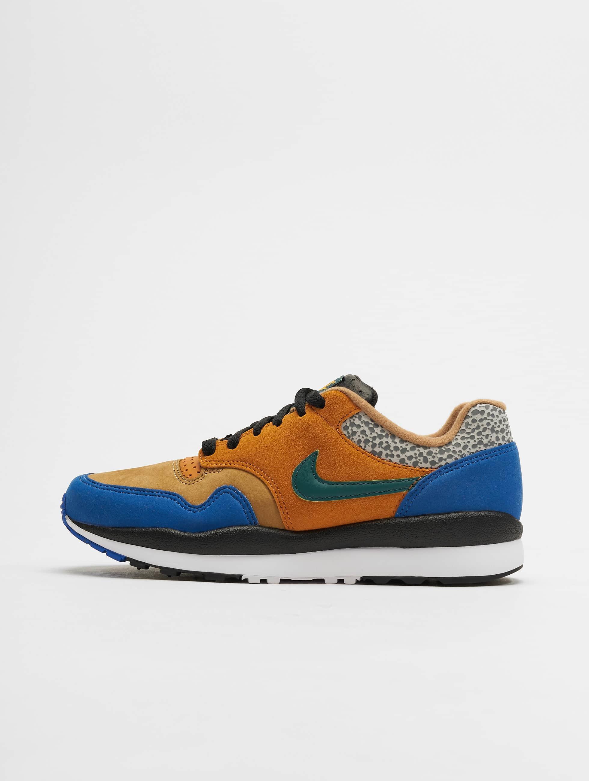 Nike Air Safari SE SP 19 Sneakers MonarchRainforest FlaxGame Royal