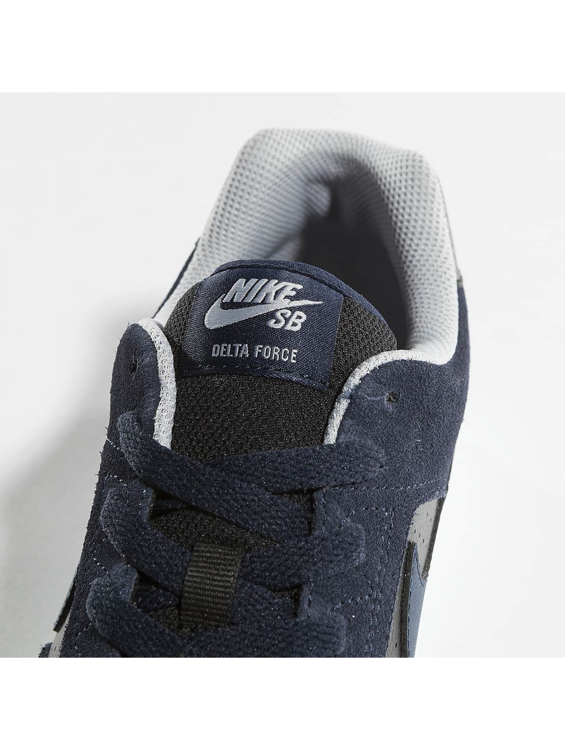 Nike Sneakers Delta Force Vulc Skateboarding gray