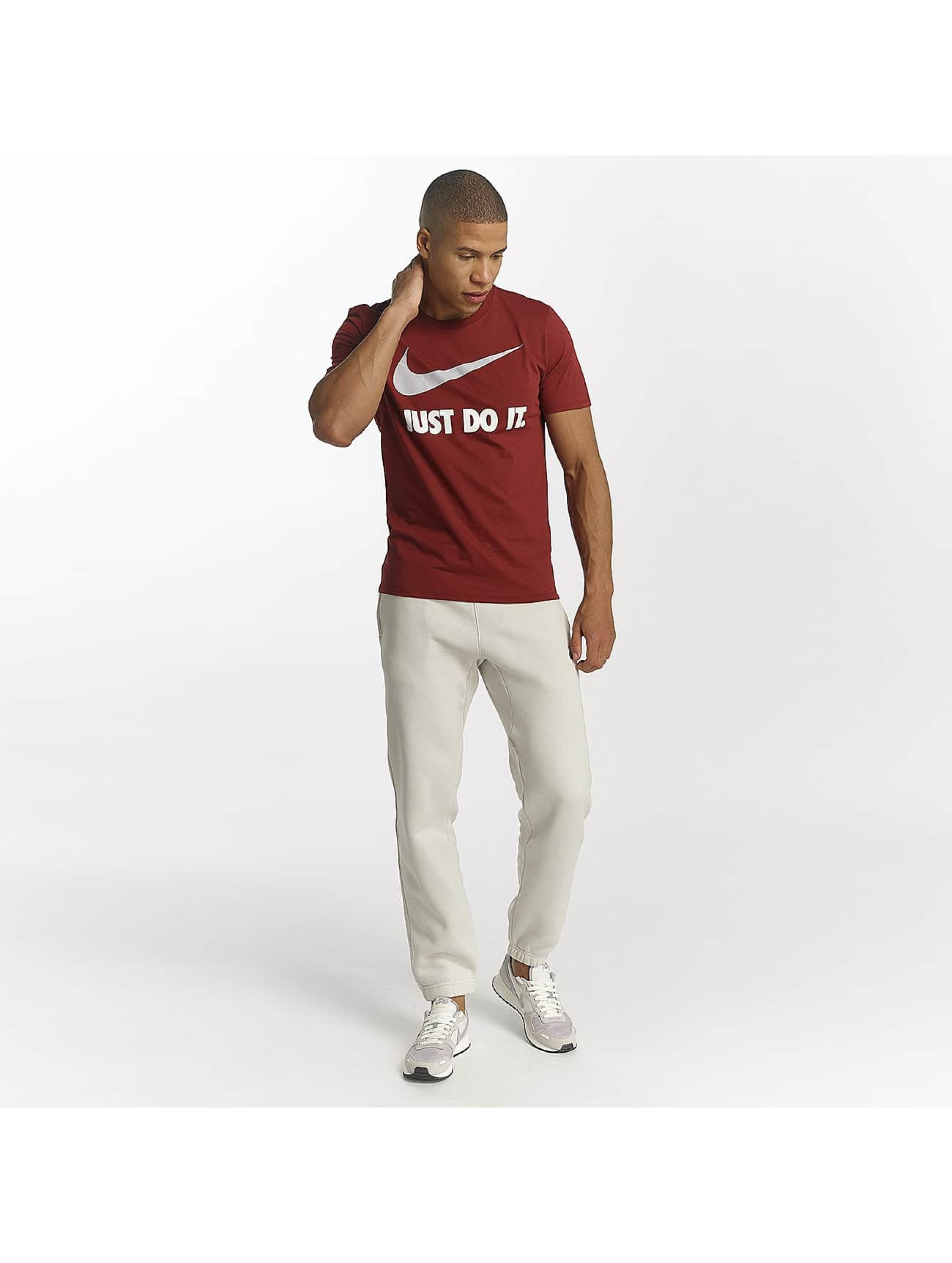 Nike T-skjorter New JDI red