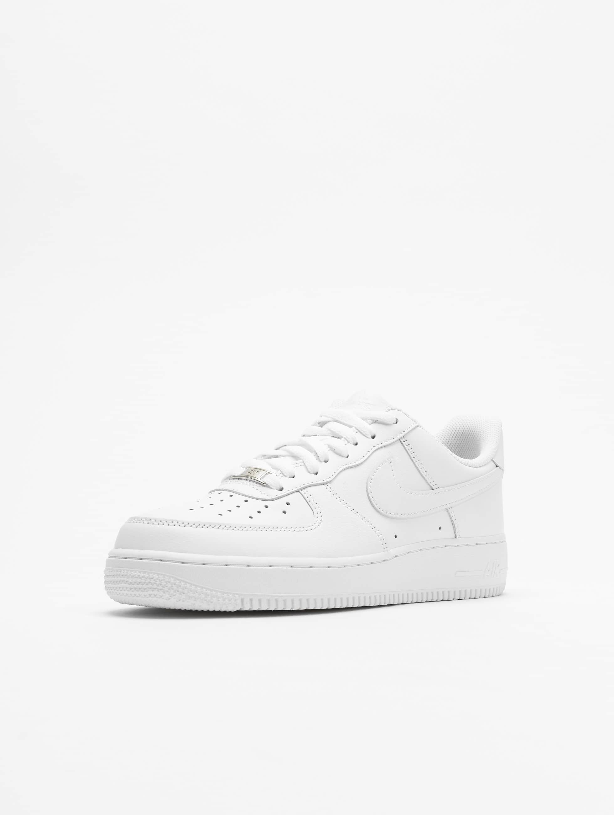 Nike Tennarit Air Force 1 '07 Basketball Shoes valkoinen