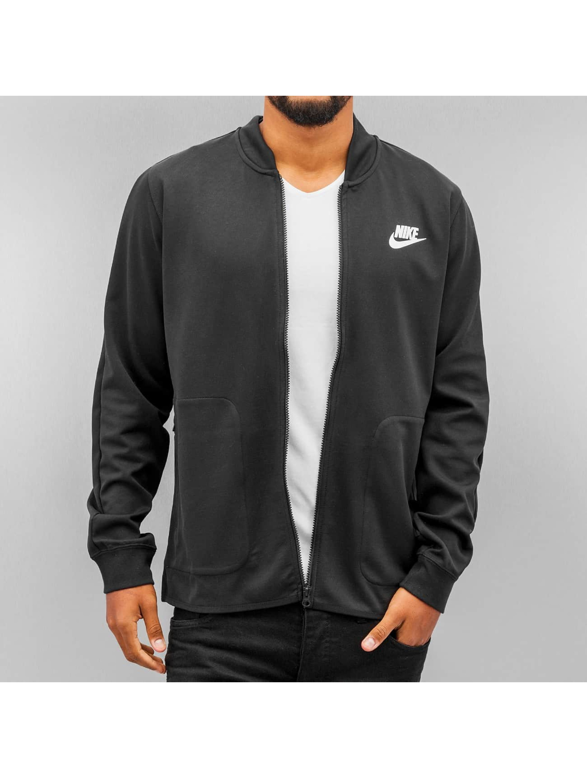 Nike Veste/Blouson / Veste demi-saison Sportswear Advance 15 en noir