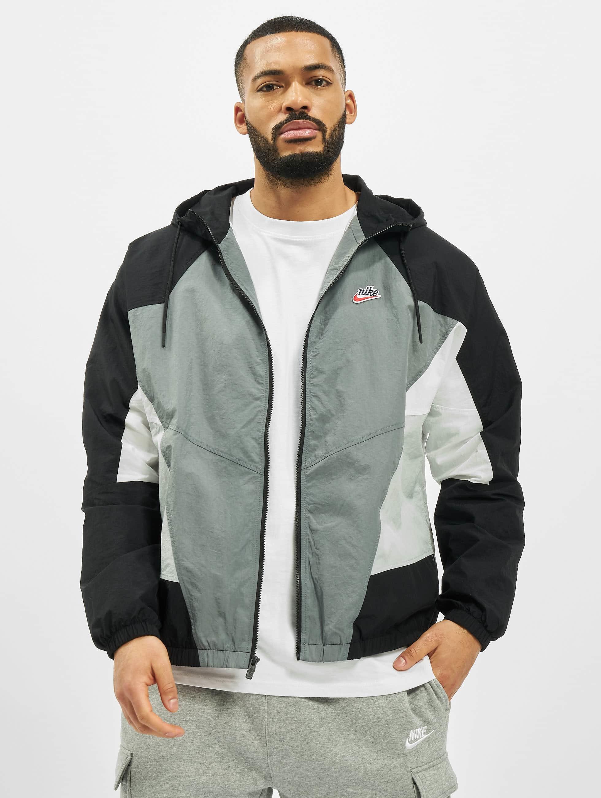 Nike Woven Signature Windrunner Jacket Smoke GreyBlackLt Smoke Grey