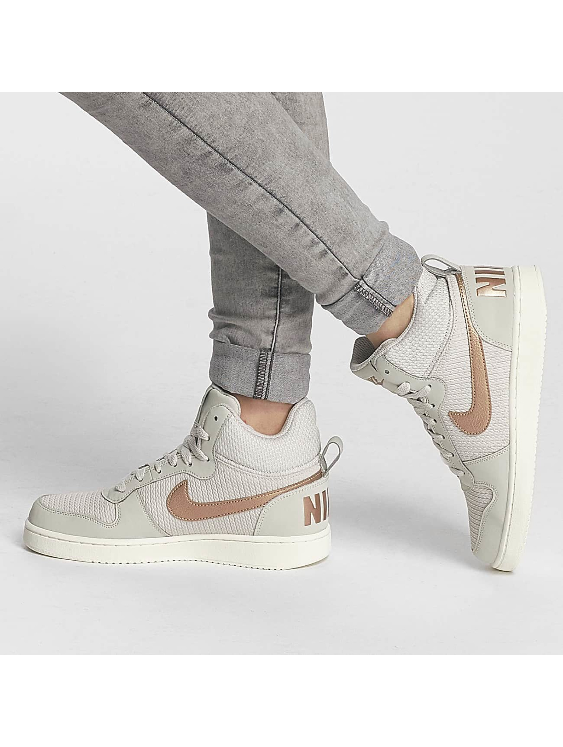 Nike Zapatillas de deporte Recreation Mid-Top Premium beis