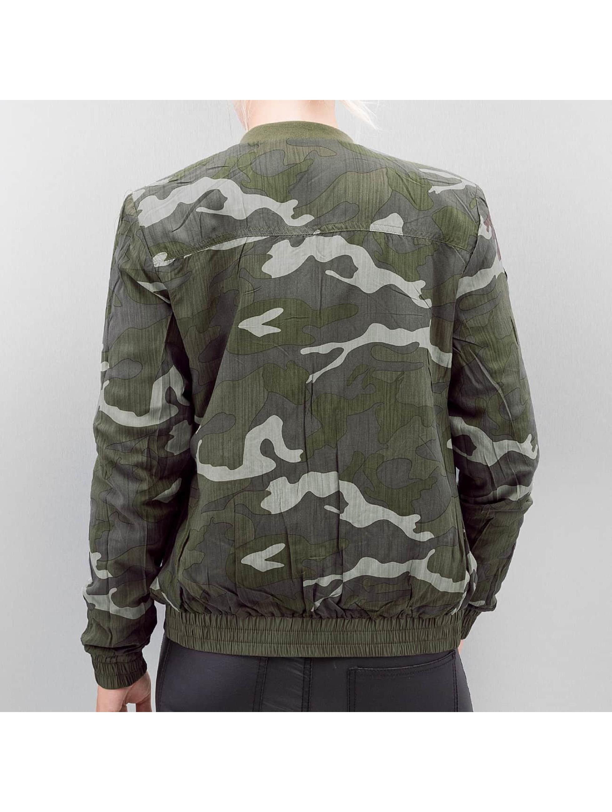 Only Куртка-бомбардир onlSmoke оливковый