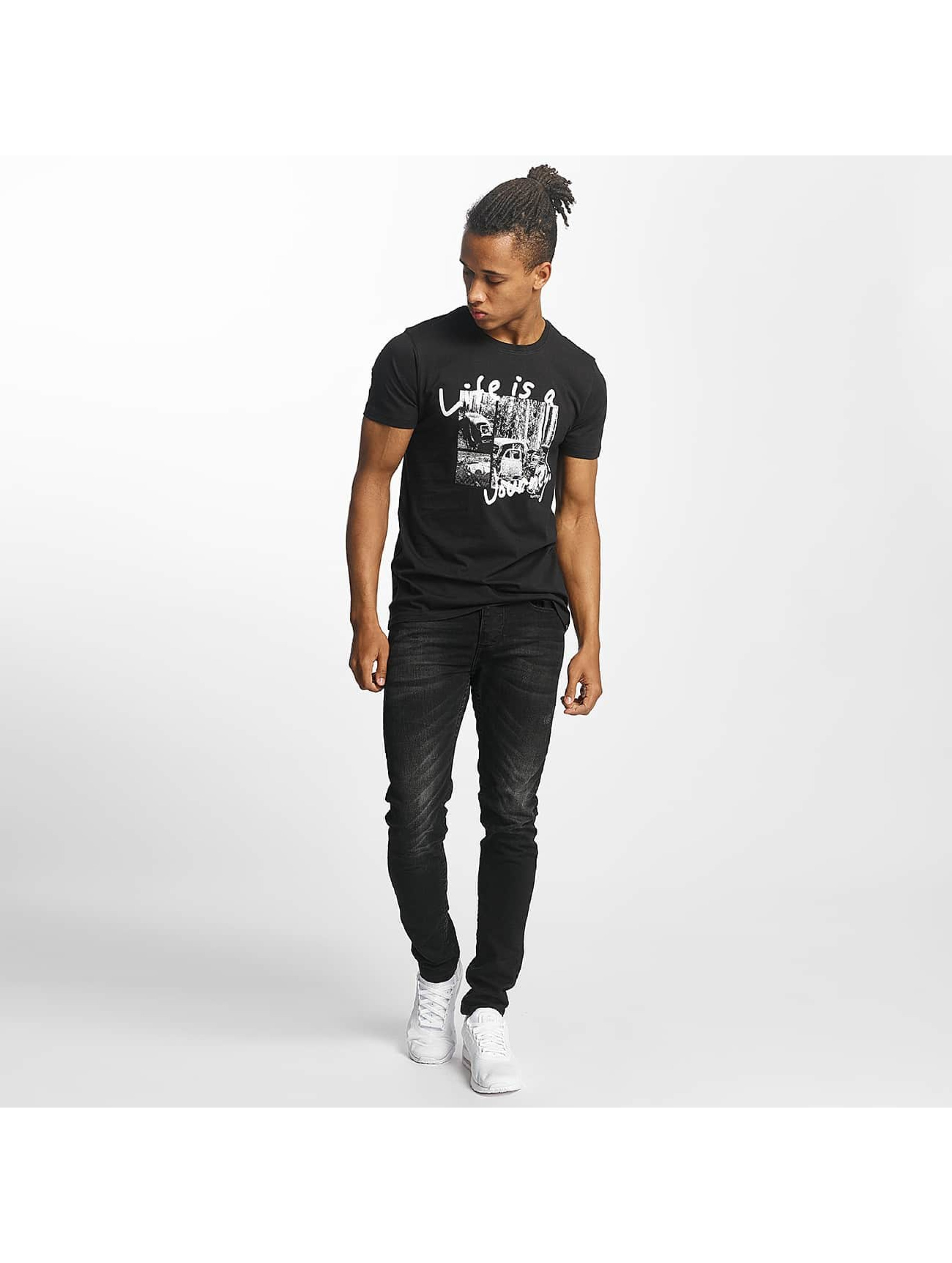 Paris Premium T-Shirt Life is a Journey black