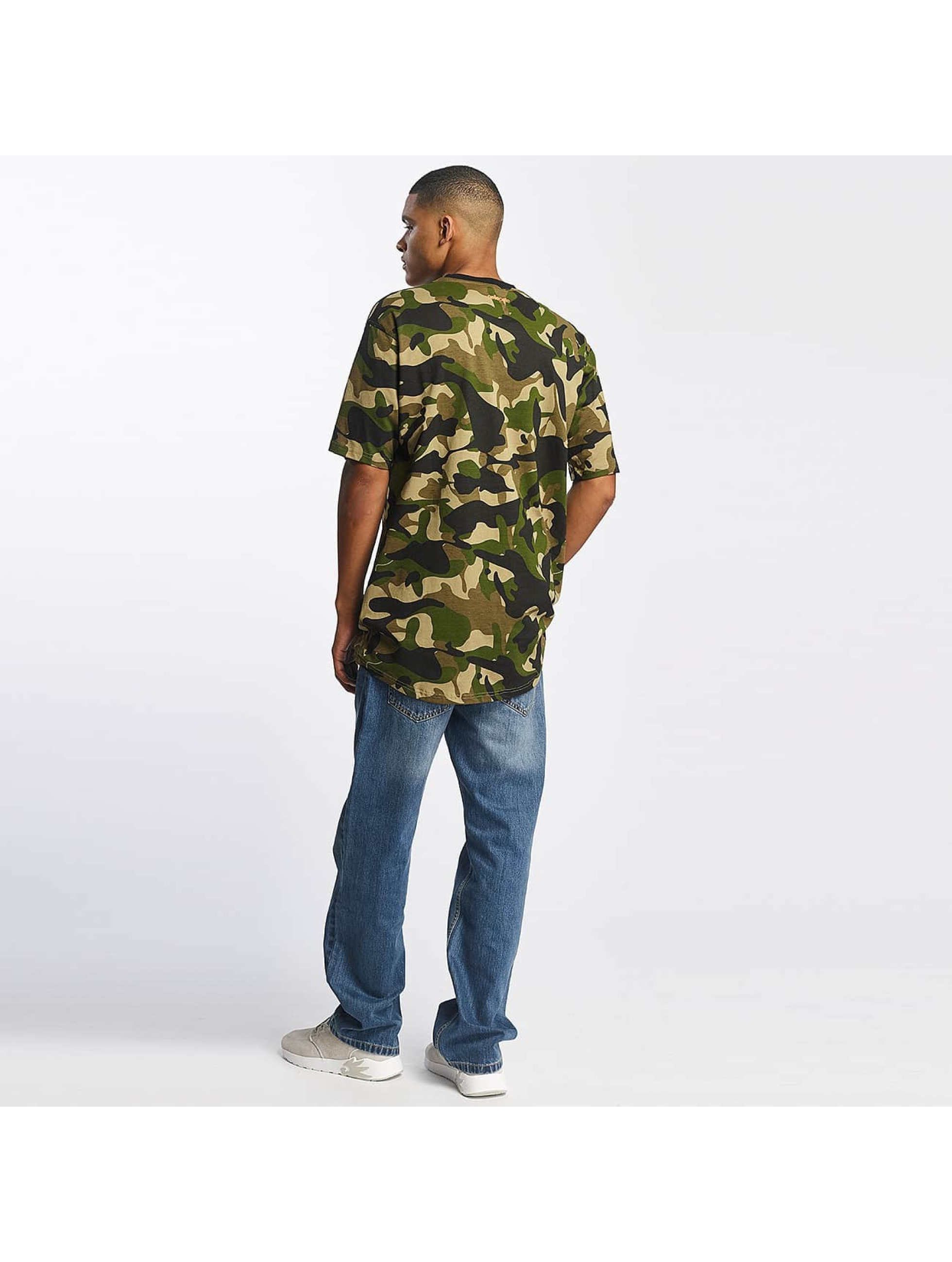 pelle pelle herren t shirt full camo icon in camouflage 391321. Black Bedroom Furniture Sets. Home Design Ideas