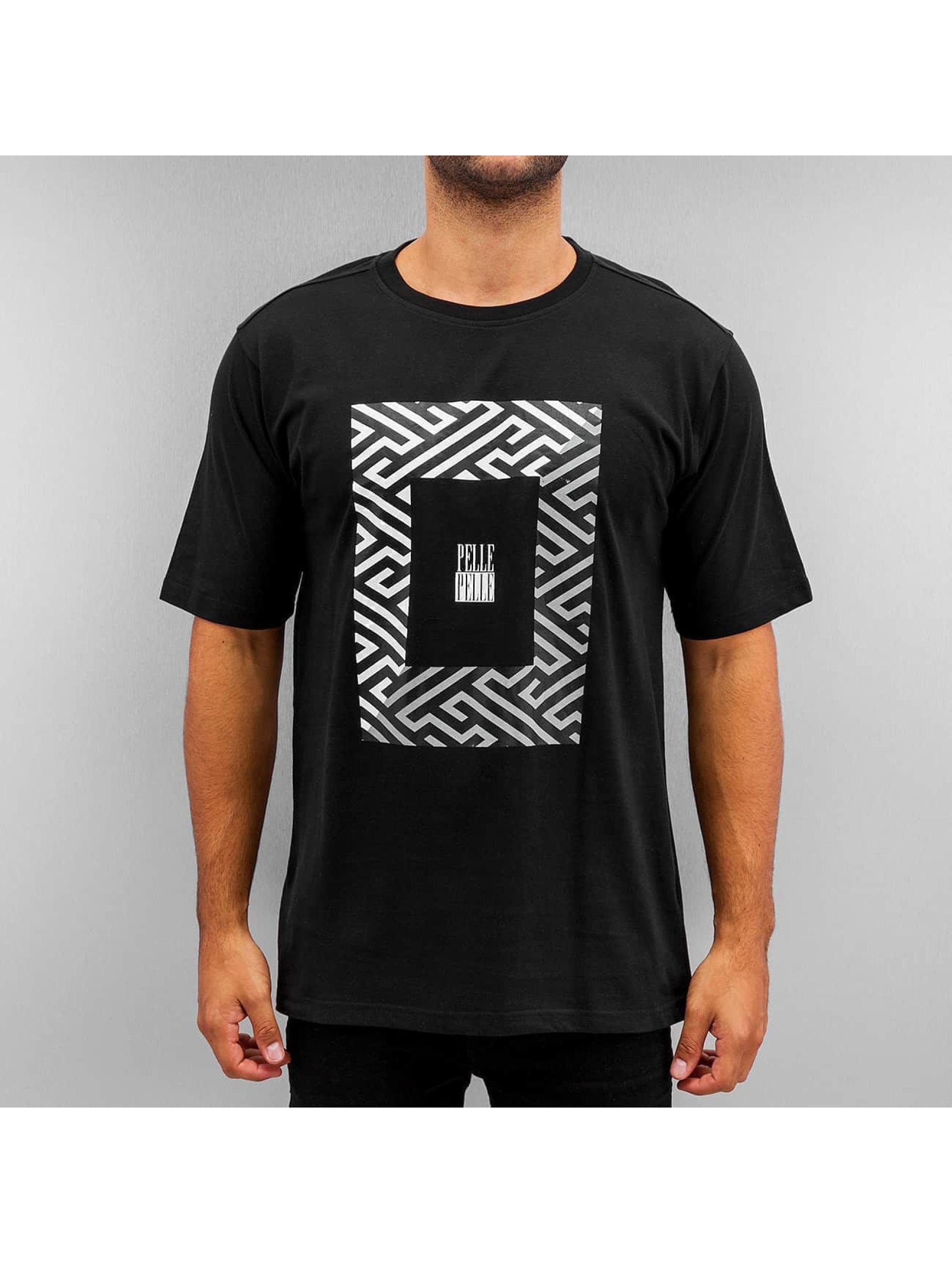 Pelle Pelle T-skjorter Dark Maze svart