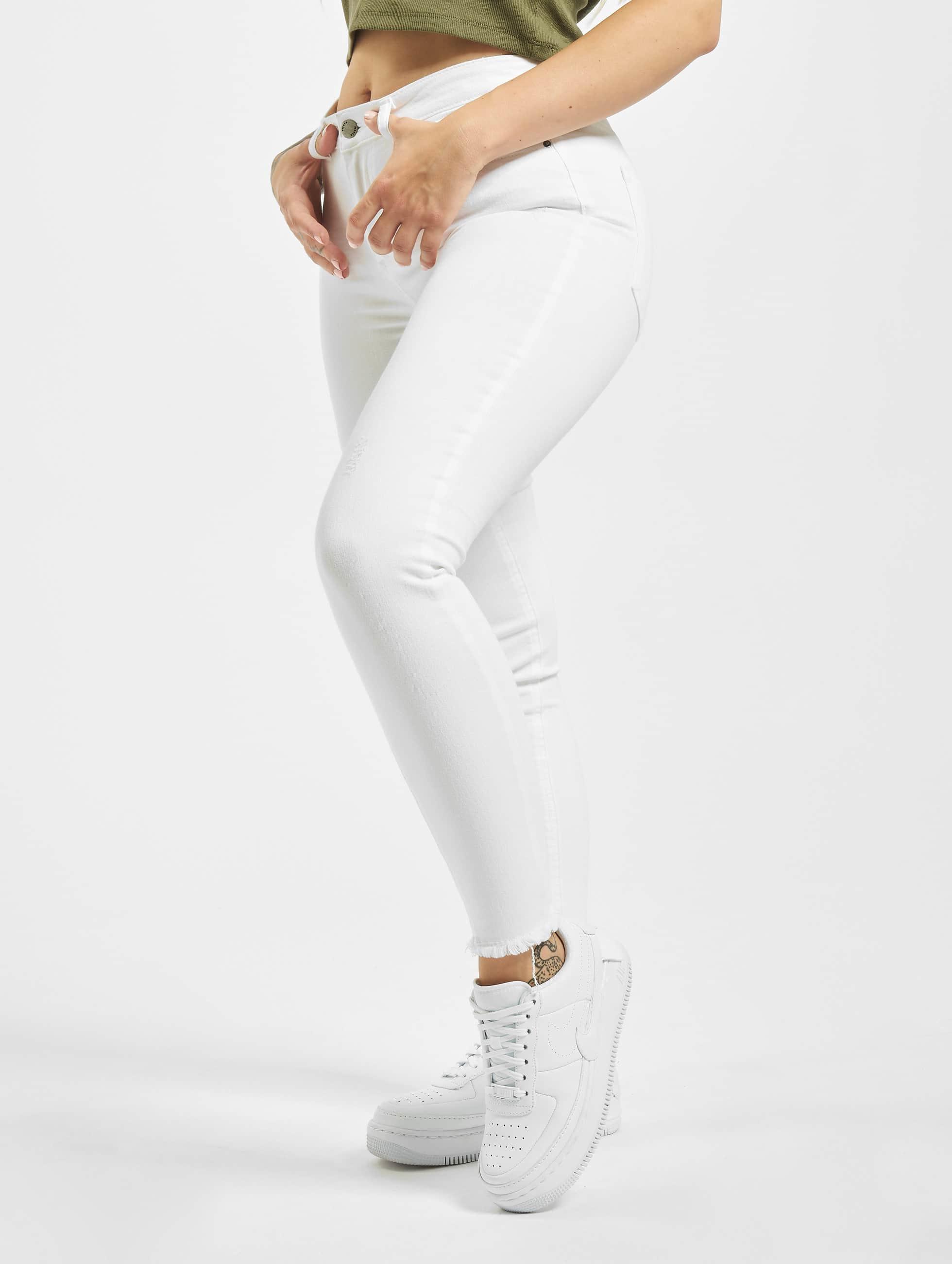 46788cbfd55b82 Die 10 schönsten Sommerhosen-Trends für Frauen | Defshop Magazin