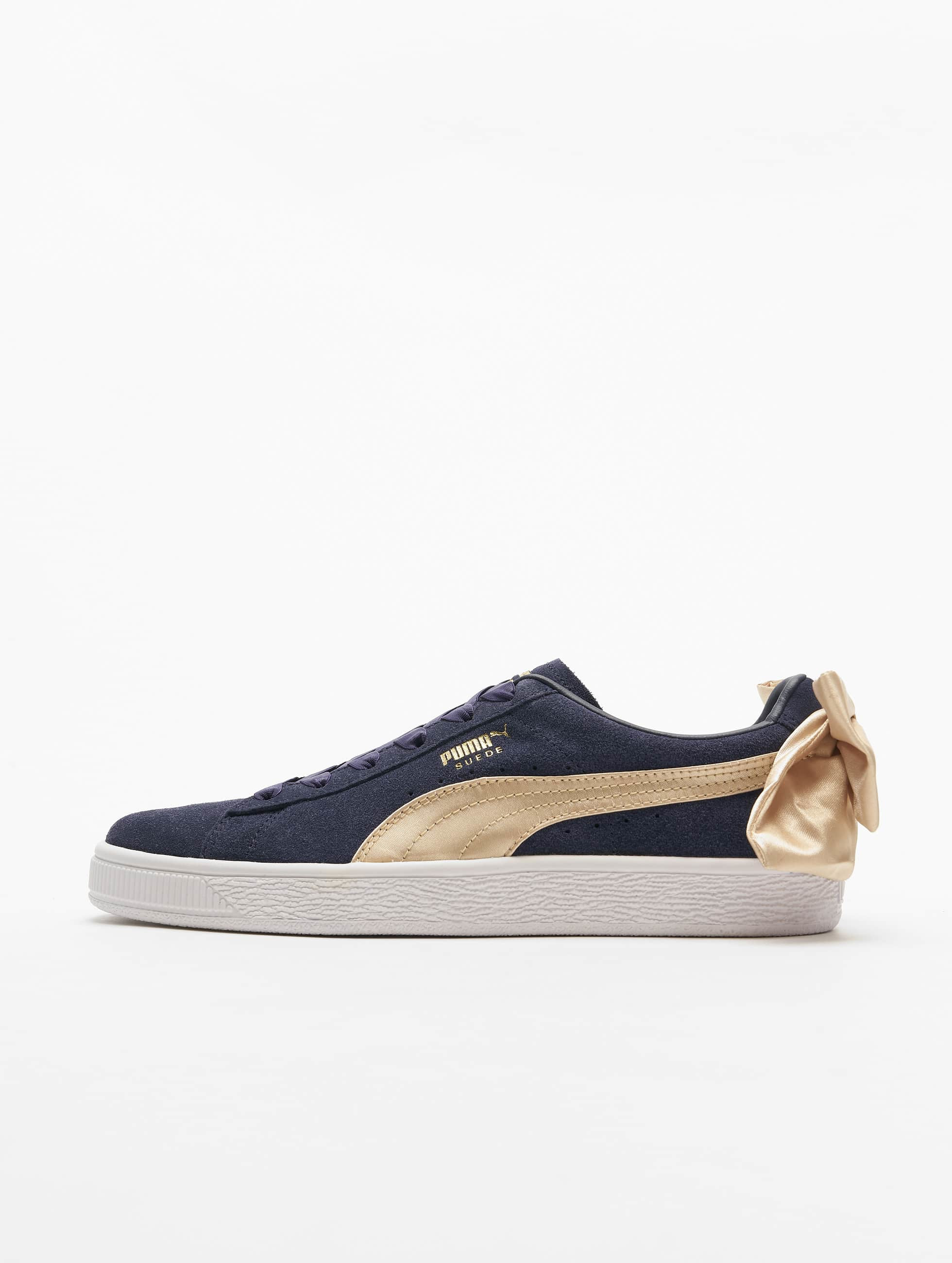 magasin en ligne 5e97d 3e2a7 Puma Suede Bow Varsity Sneakers Peacoat/Metallic Golden