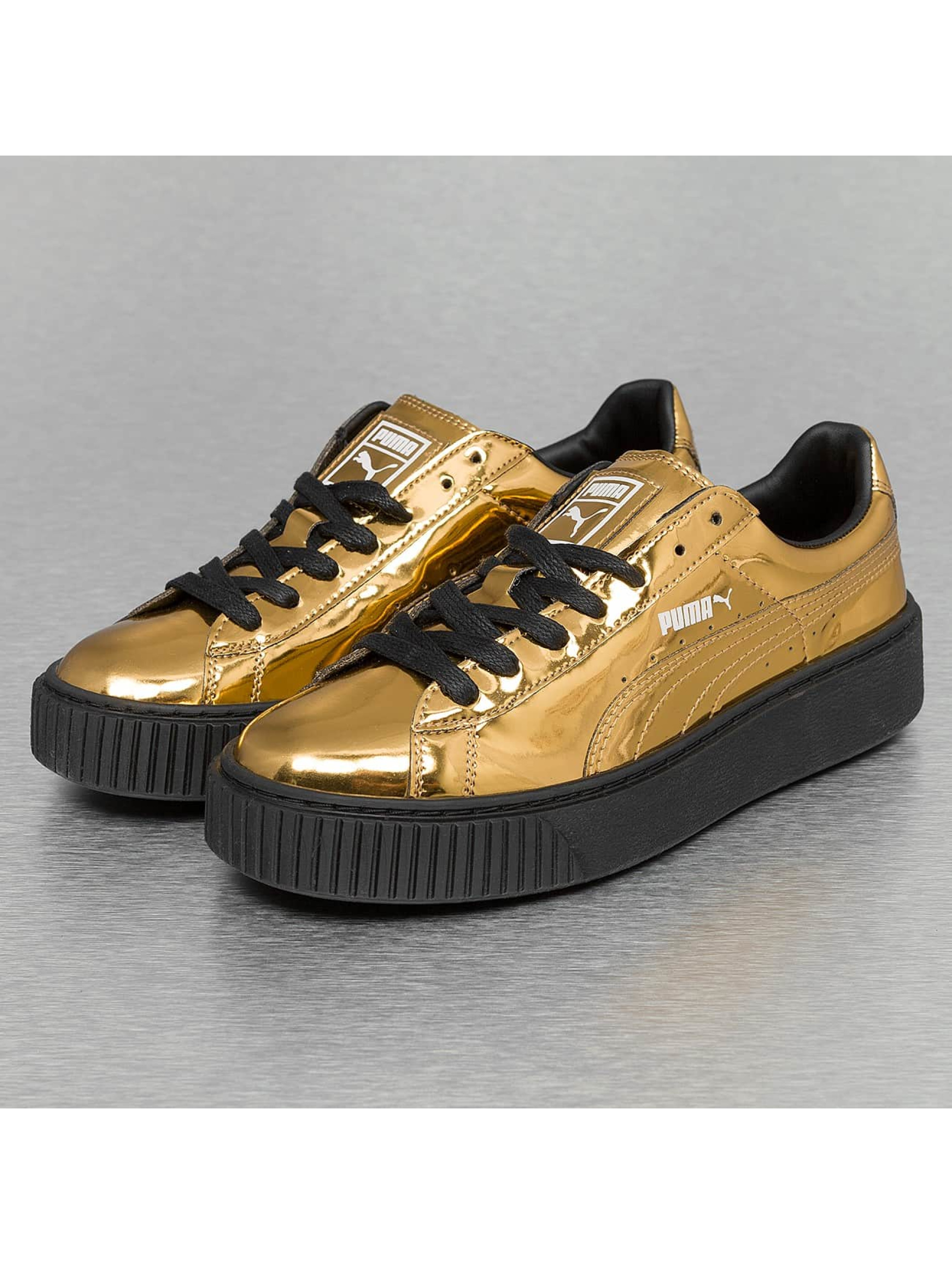 Sneaker Basket Platform Metallic in goldfarben