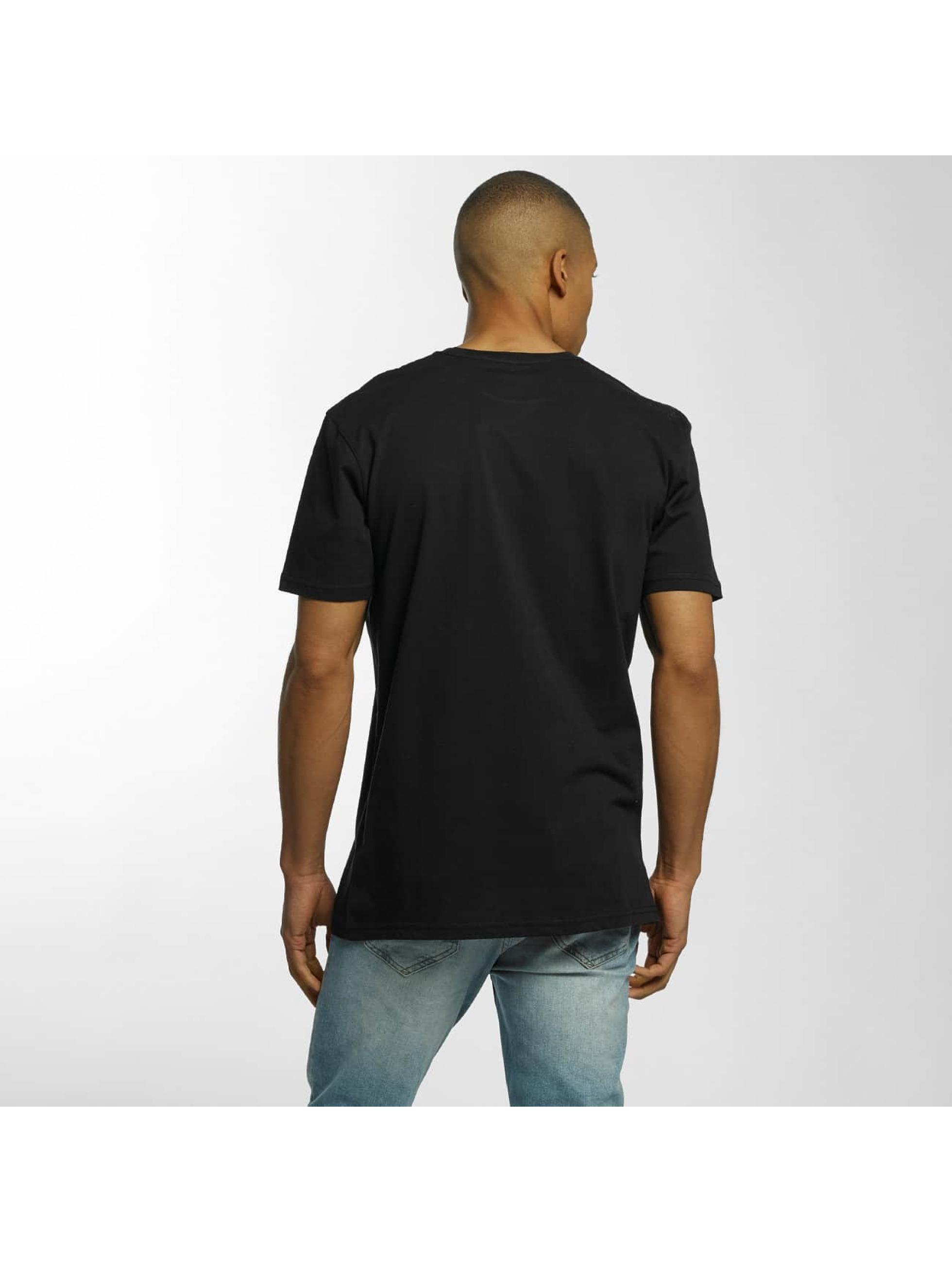Quiksilver T-skjorter Classic Jungle Mountain svart