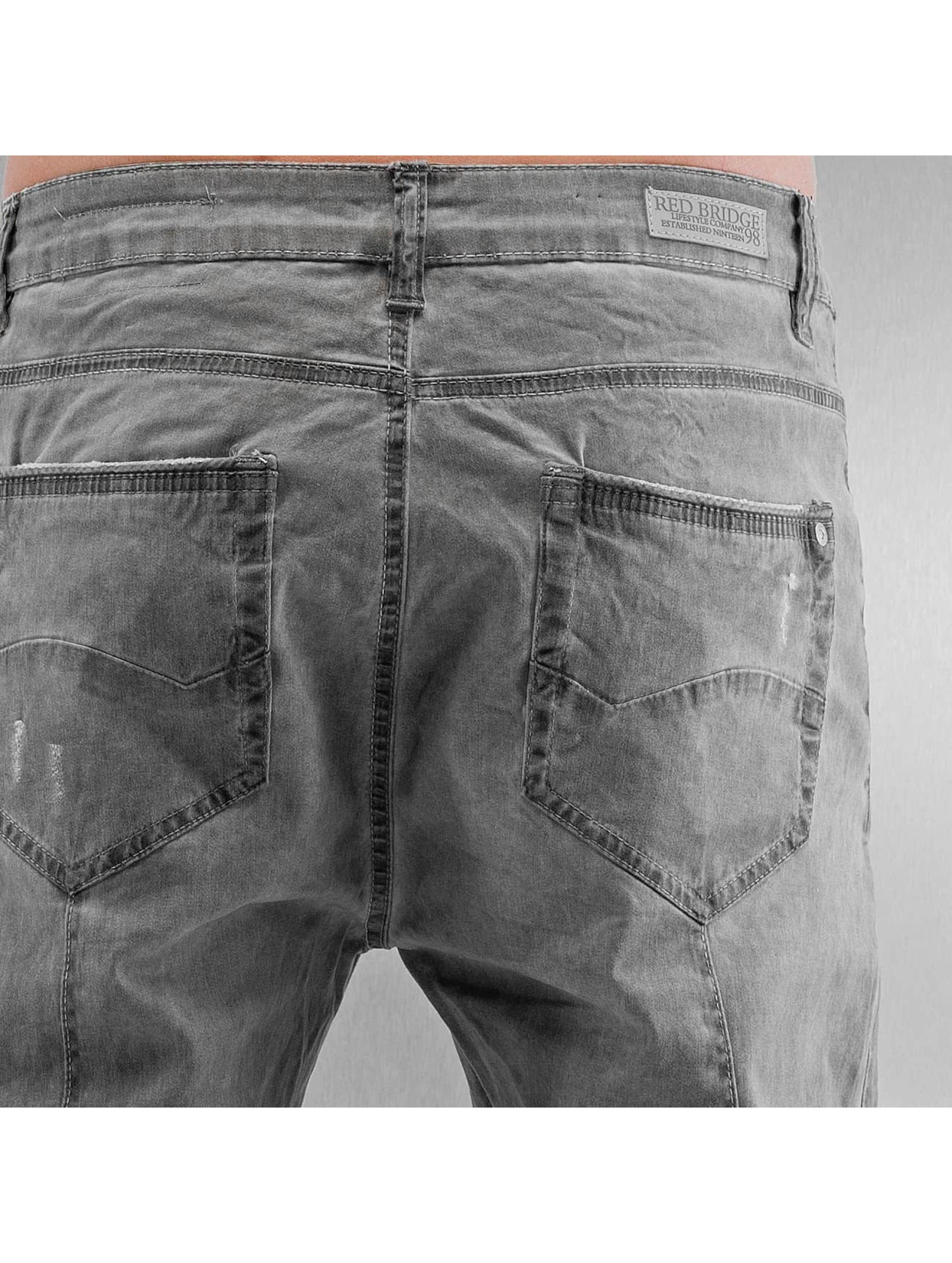 Red Bridge Straight Fit Jeans Used grå