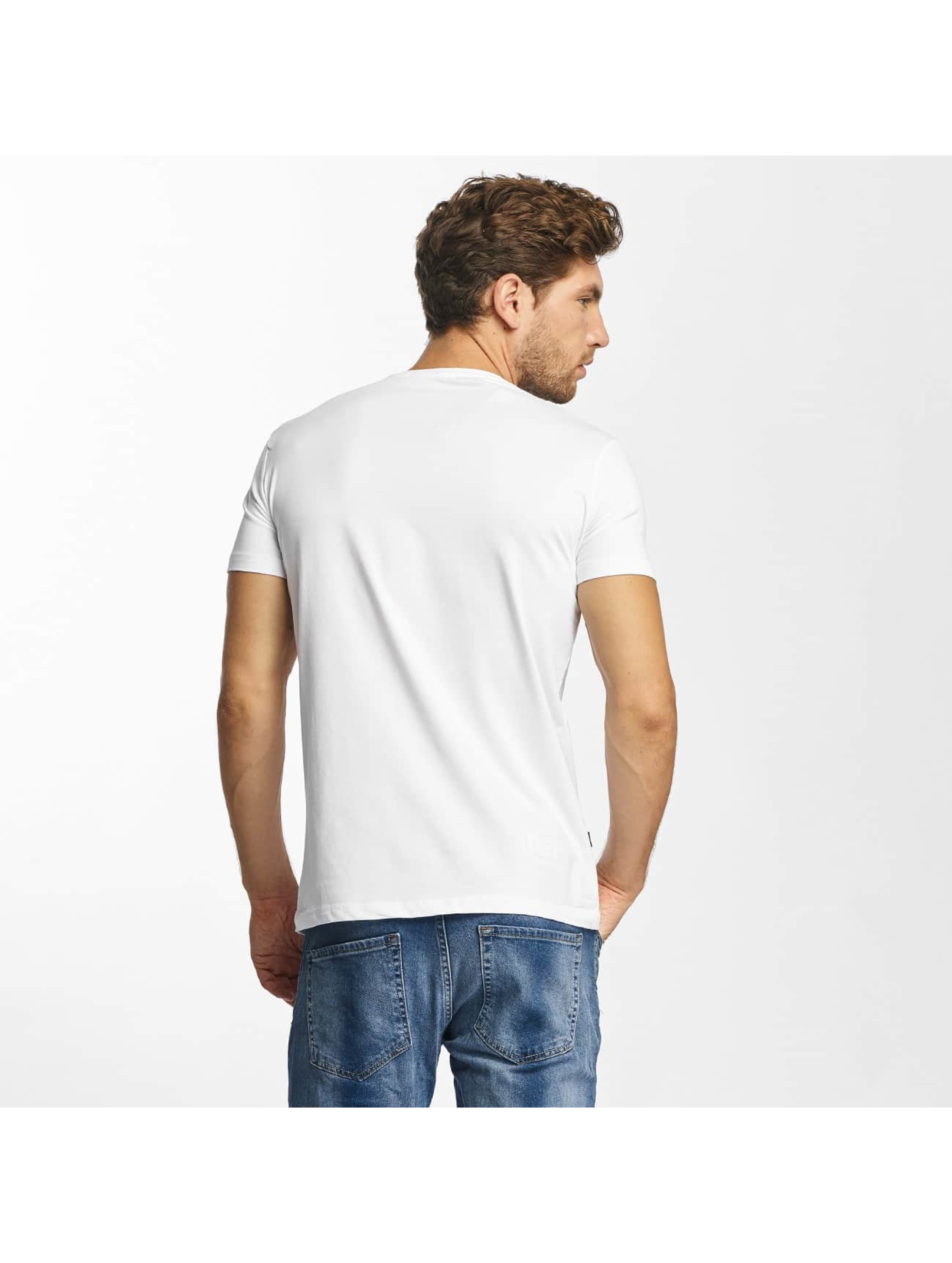 Red Bridge T-Shirt MCMXCIII Modern Characters blanc