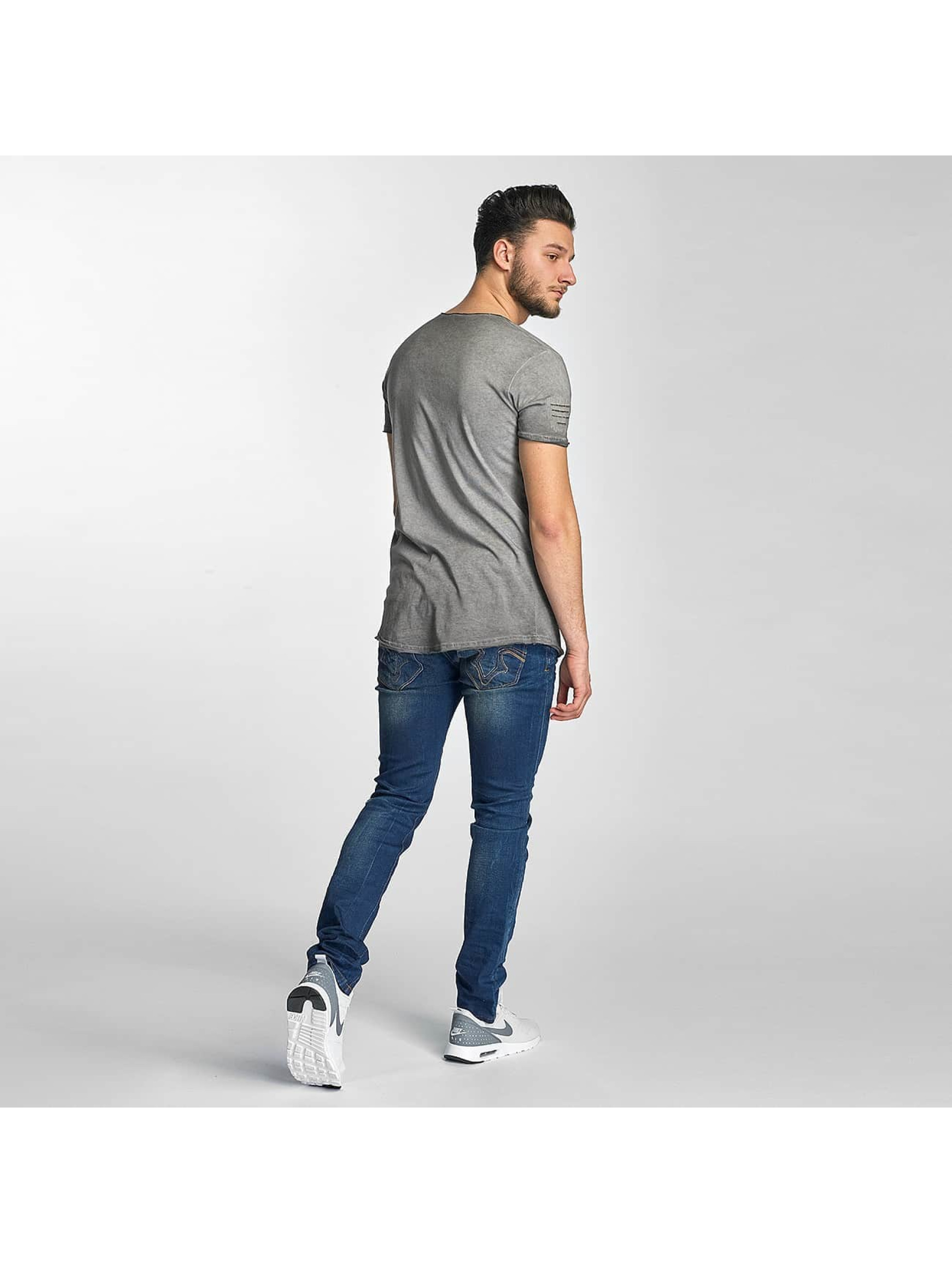 Red Bridge T-Shirt Stitched Seam grau